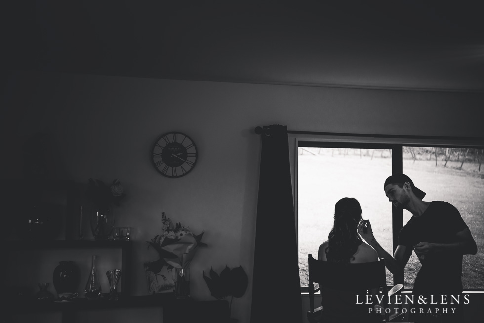 bride getting ready - Markovina Vineyard Estate - Kumeu {Auckland wedding photographer}
