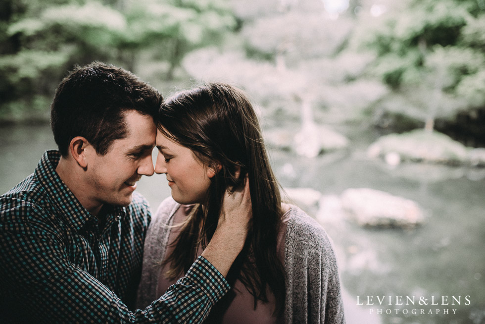 Hamilton Gardens engagement photo shoot {New Zealand wedding - couple photographer}