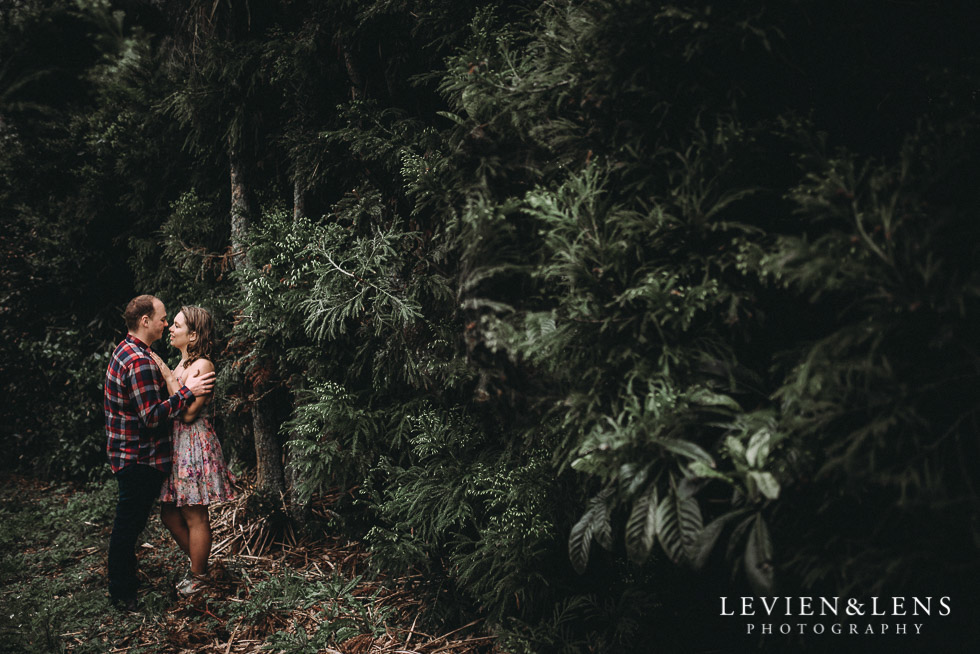forest - Kumeu farm engagement session {Auckland NZ wedding-couples photographer}