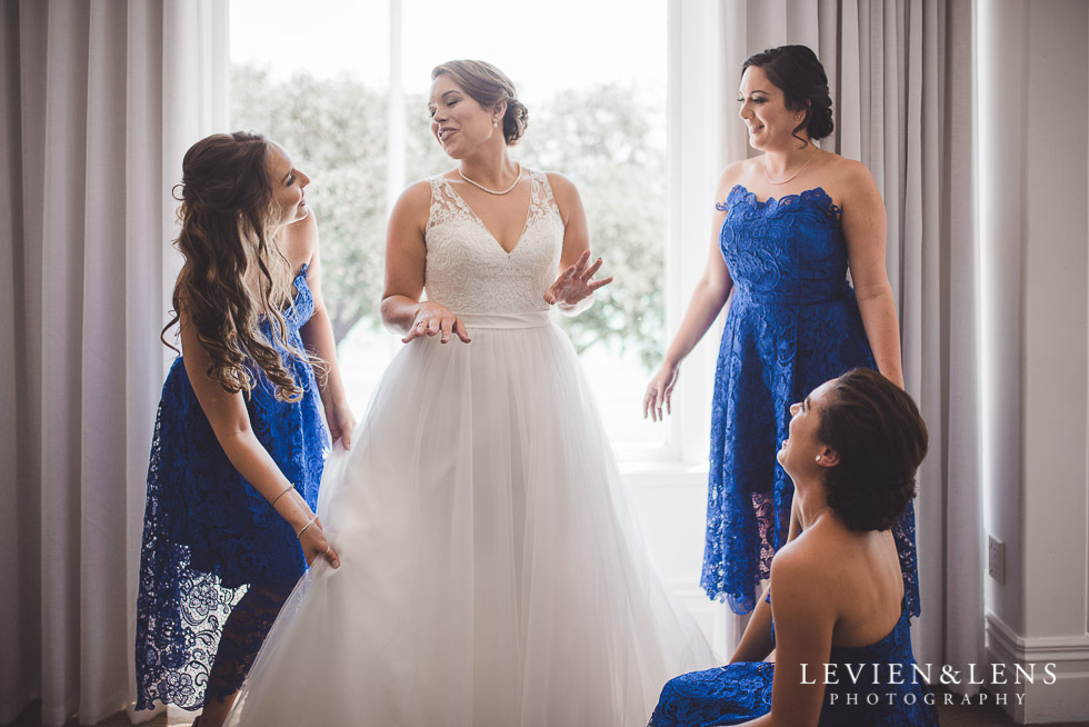 bride with bridesmaids - The Duke of Marlborough Hotel - Russel wedding {Northland-New Zealand weddings photographer}