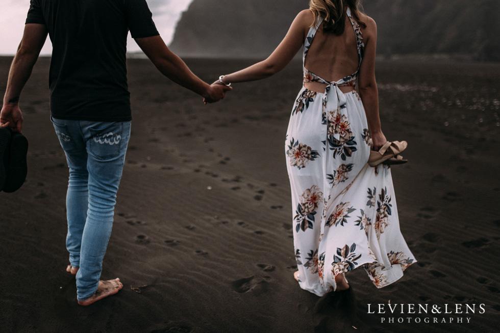Pre-wedding engagement session on Karekare Beach {Auckland wedding photographers}