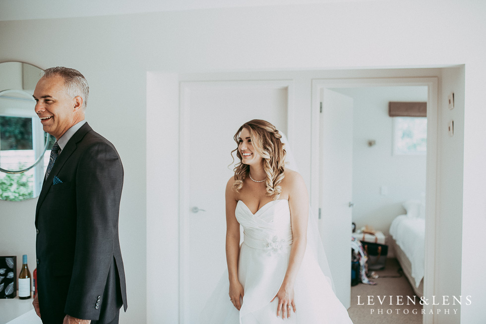 First look with dad {Auckland-Waikato-Bay of Plenty wedding photographer}