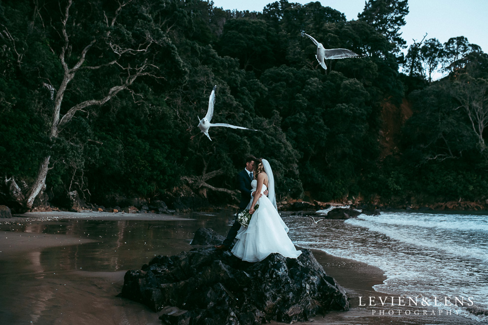 Artistic award-winning New Zealand wedding photography