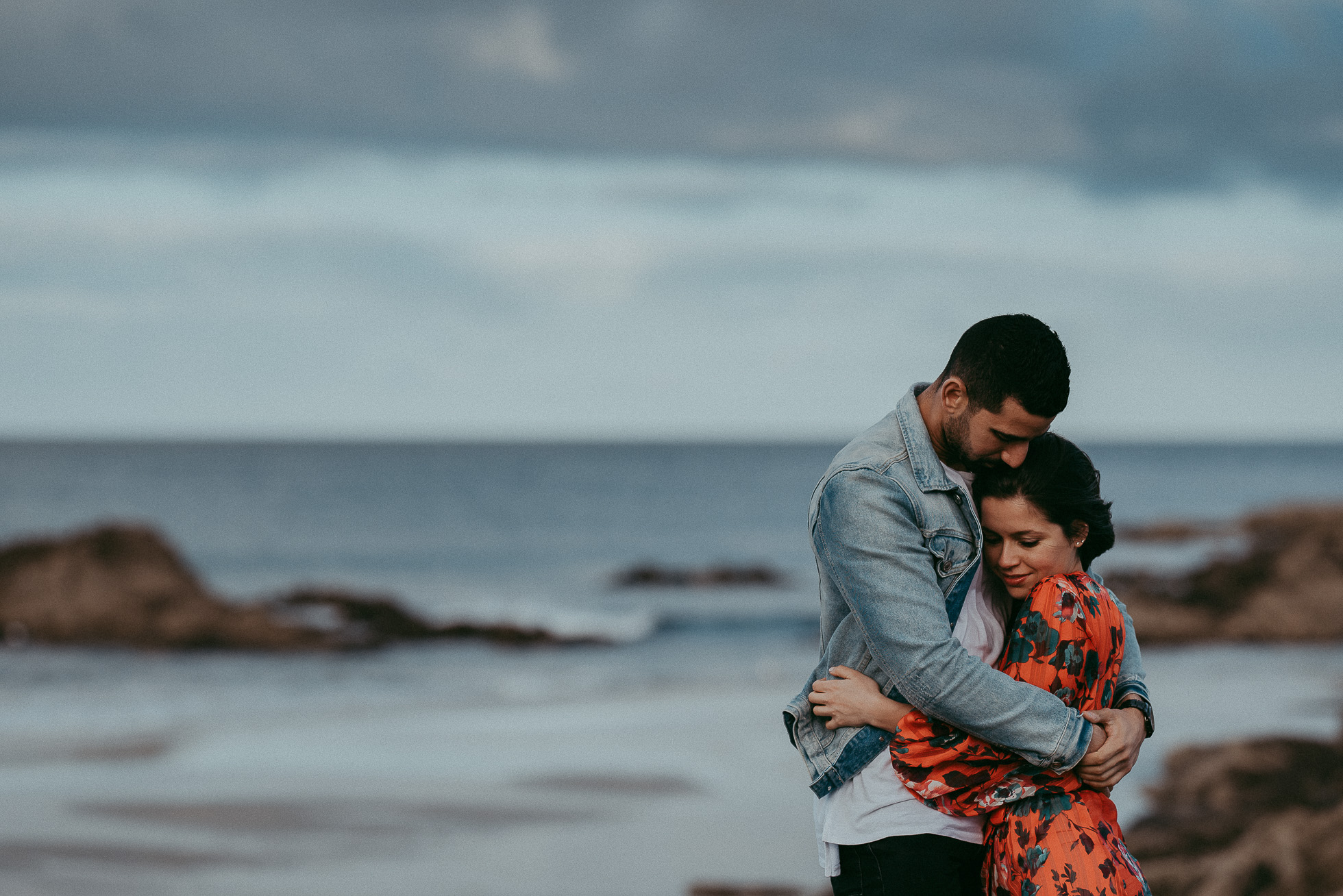 Mangawhai Heads Beach Engagement Session {Auckland NZ wedding photographers}