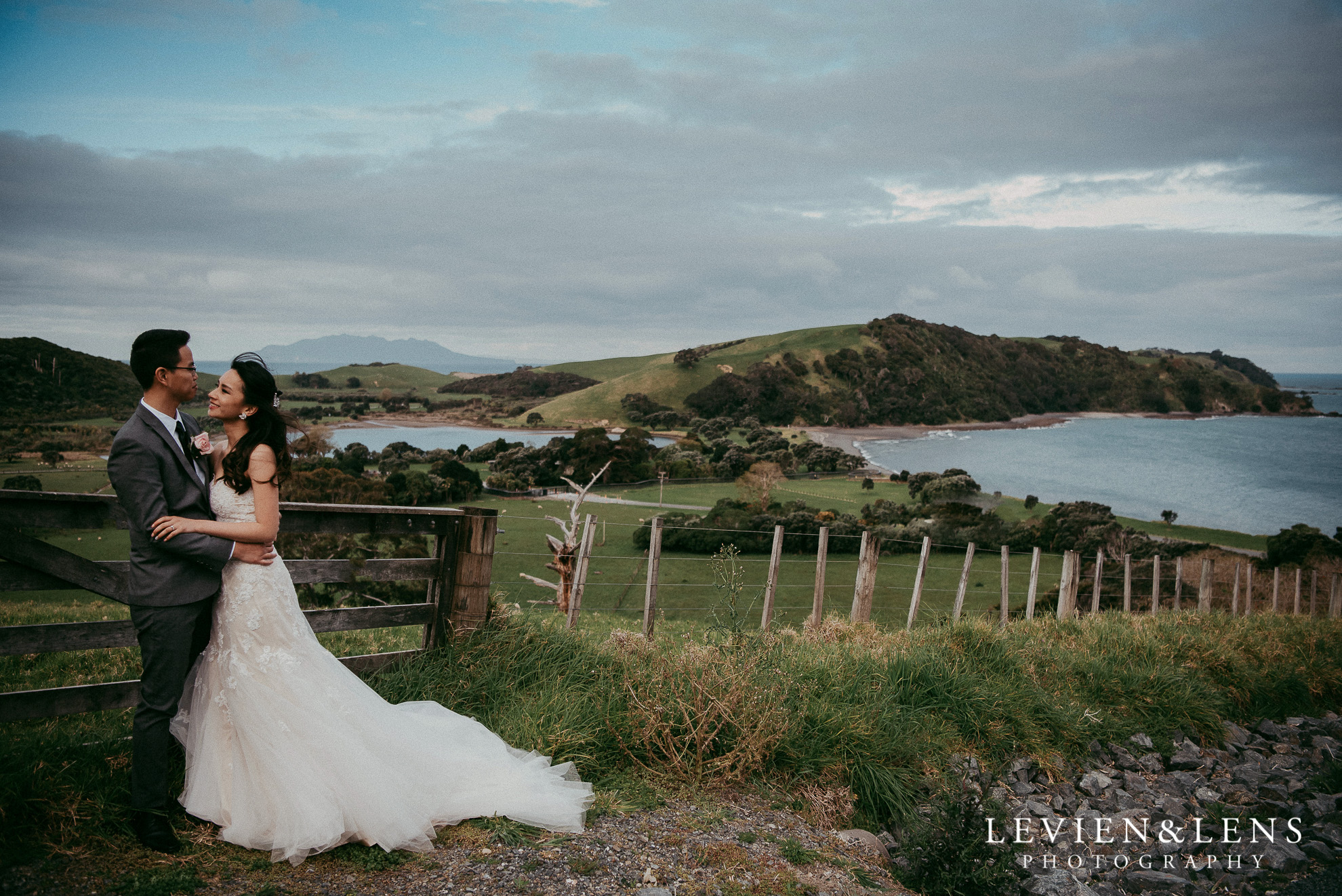 {Auckland wedding photographer} Tawharanui Lodge