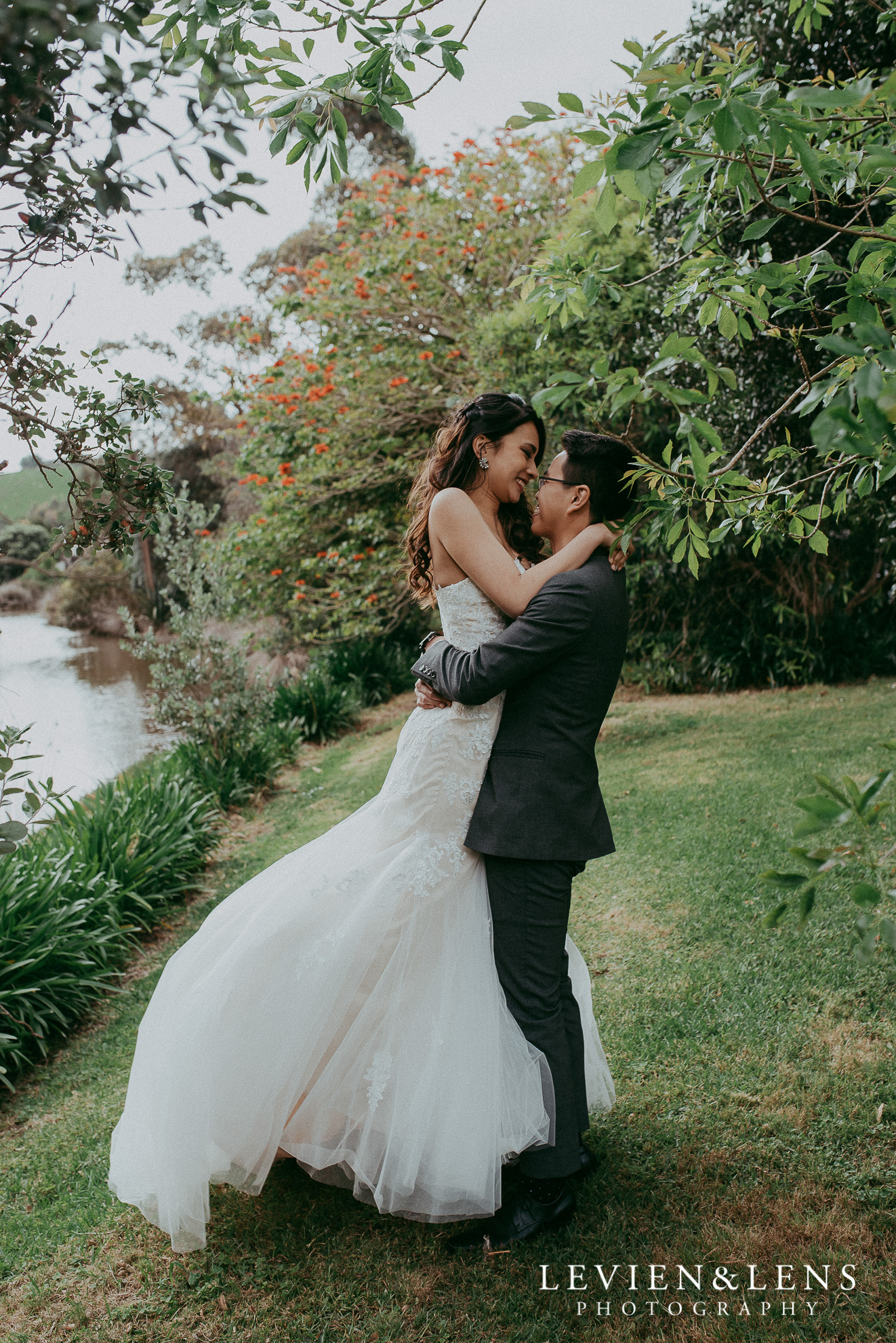Tawharanui Lodge {Auckland wedding photographers}