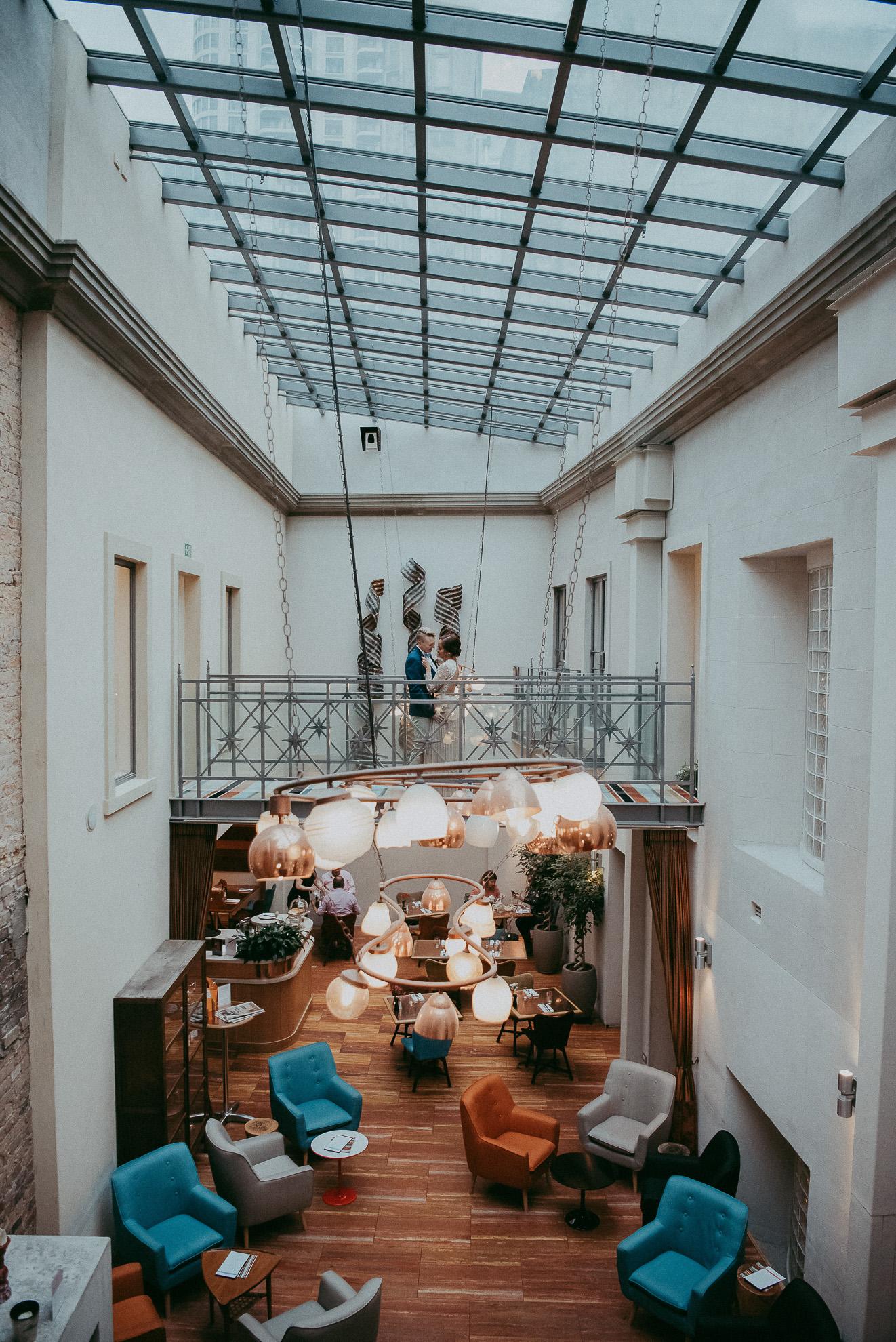 Hotel DeBrett wedding - getting ready photos {Auckland wedding photographer}