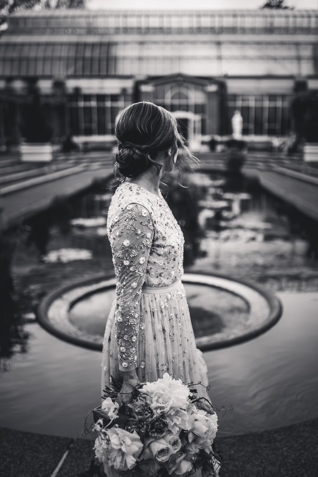 bride in Winter Gardens {Auckland wedding photographer} - candid natural moment