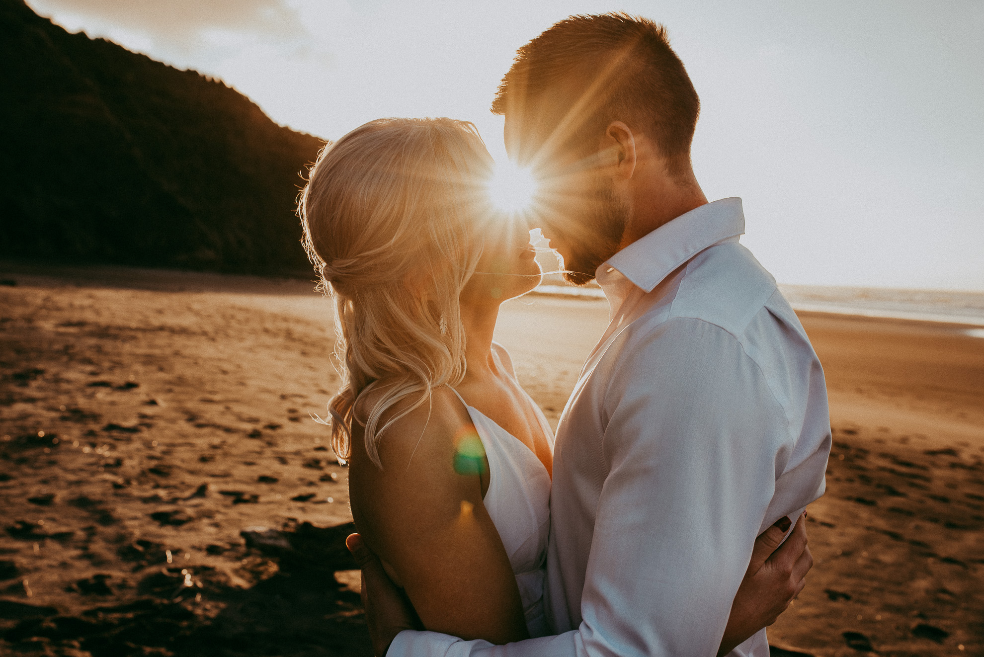 West Coast Beach pre-wedding engagement photo shoot {Auckland wedding photographer}