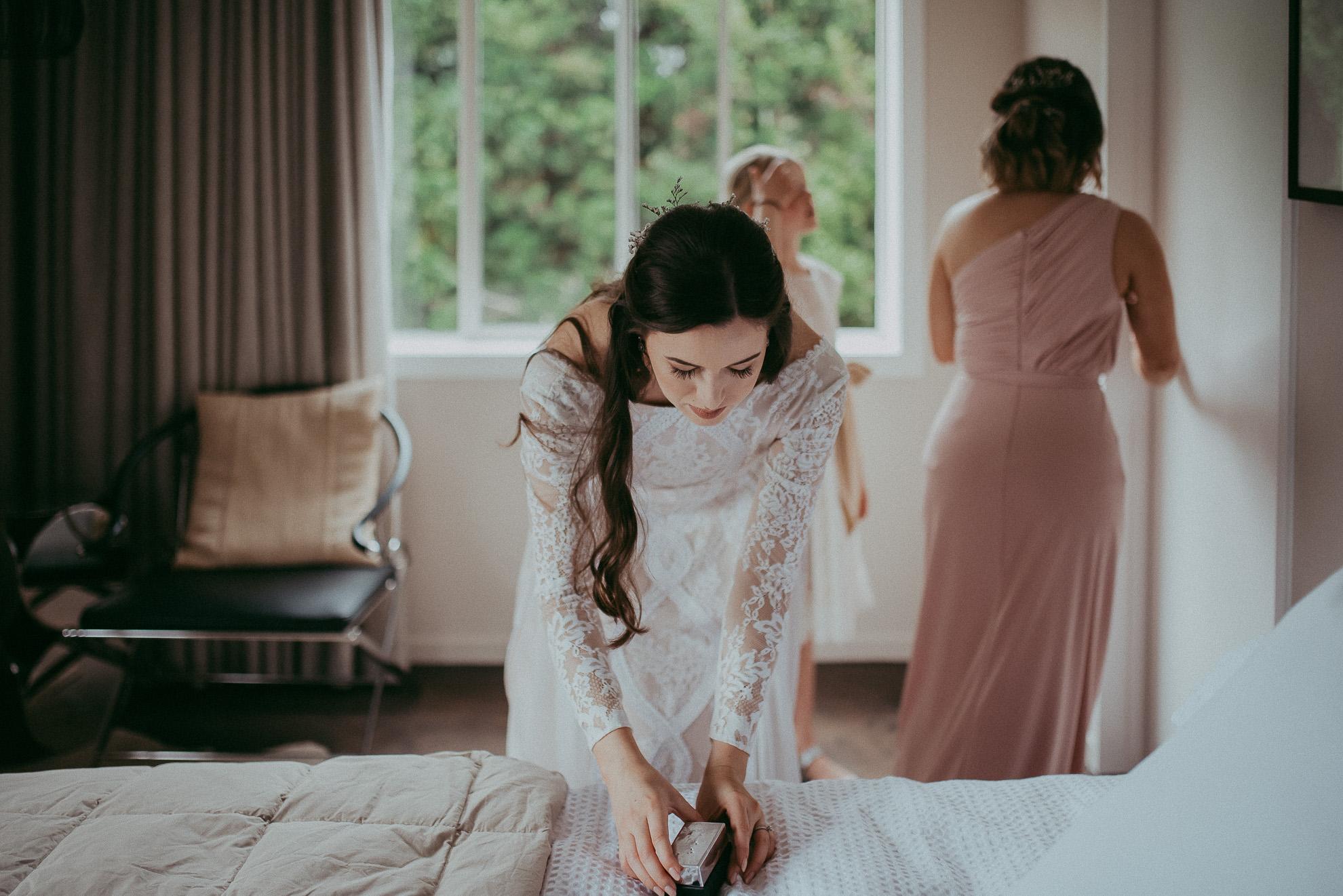 Kumeu wedding - HU's Art Farm {Weddings photographers in West Auckland, New Zealand}