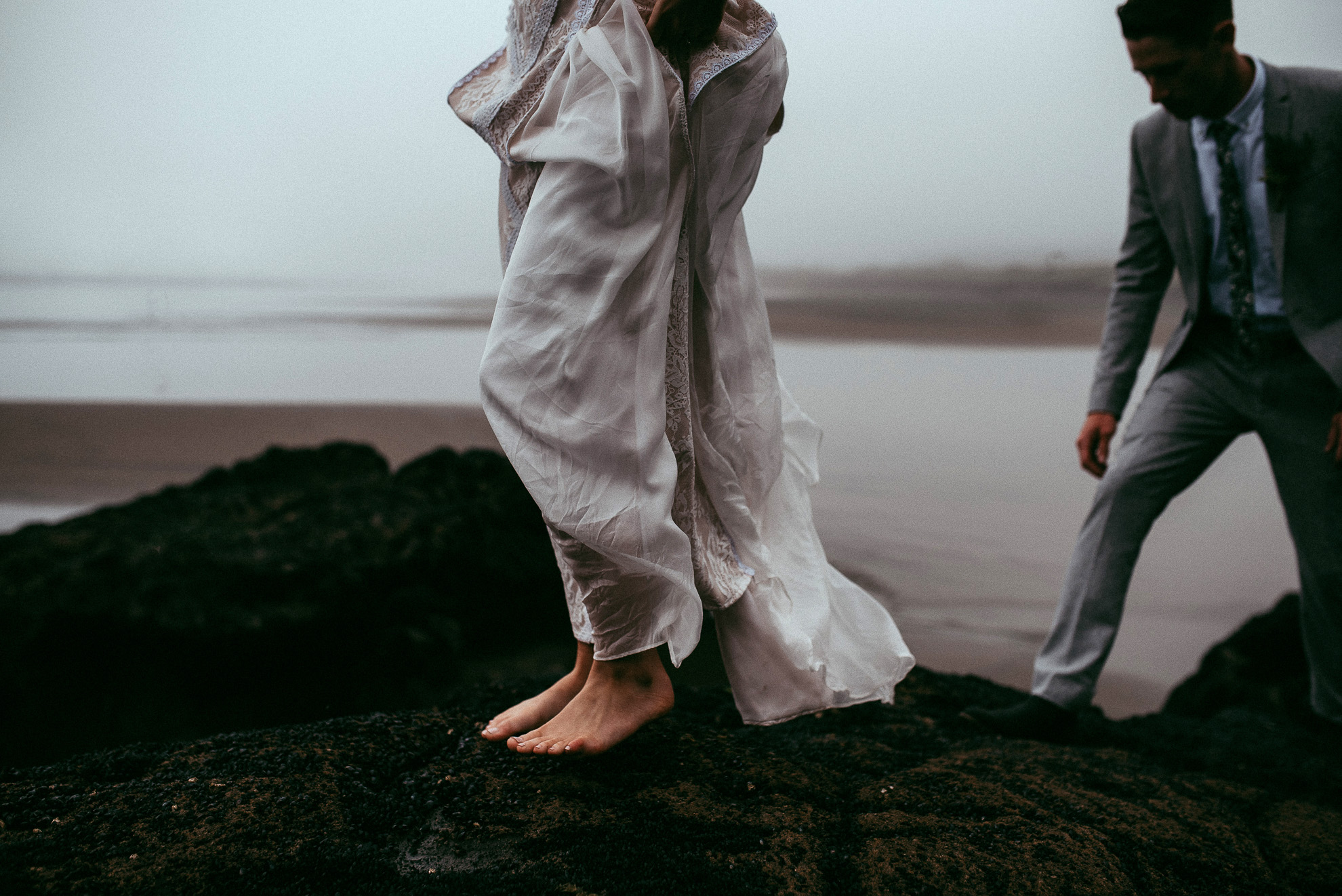 Muriwai Beach {Auckland first great wedding photographers}