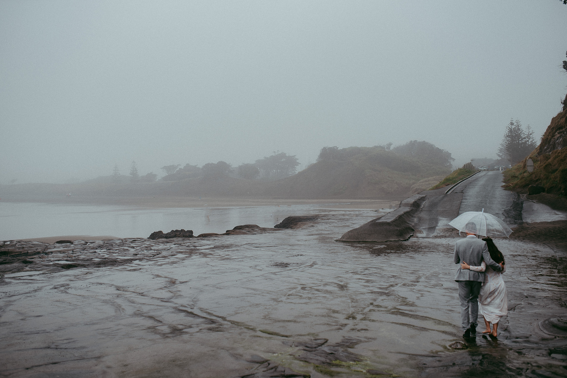 Muriwai Beach {Auckland documentary candid natural wedding photographers}