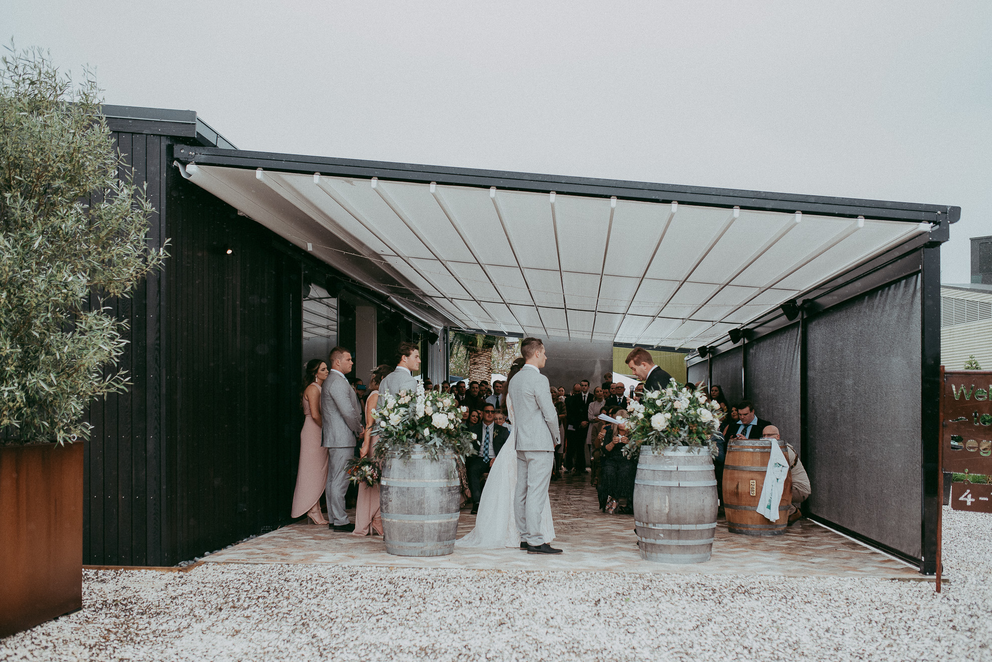 The Hunting Lodge Winery {West Auckland wedding photographers}