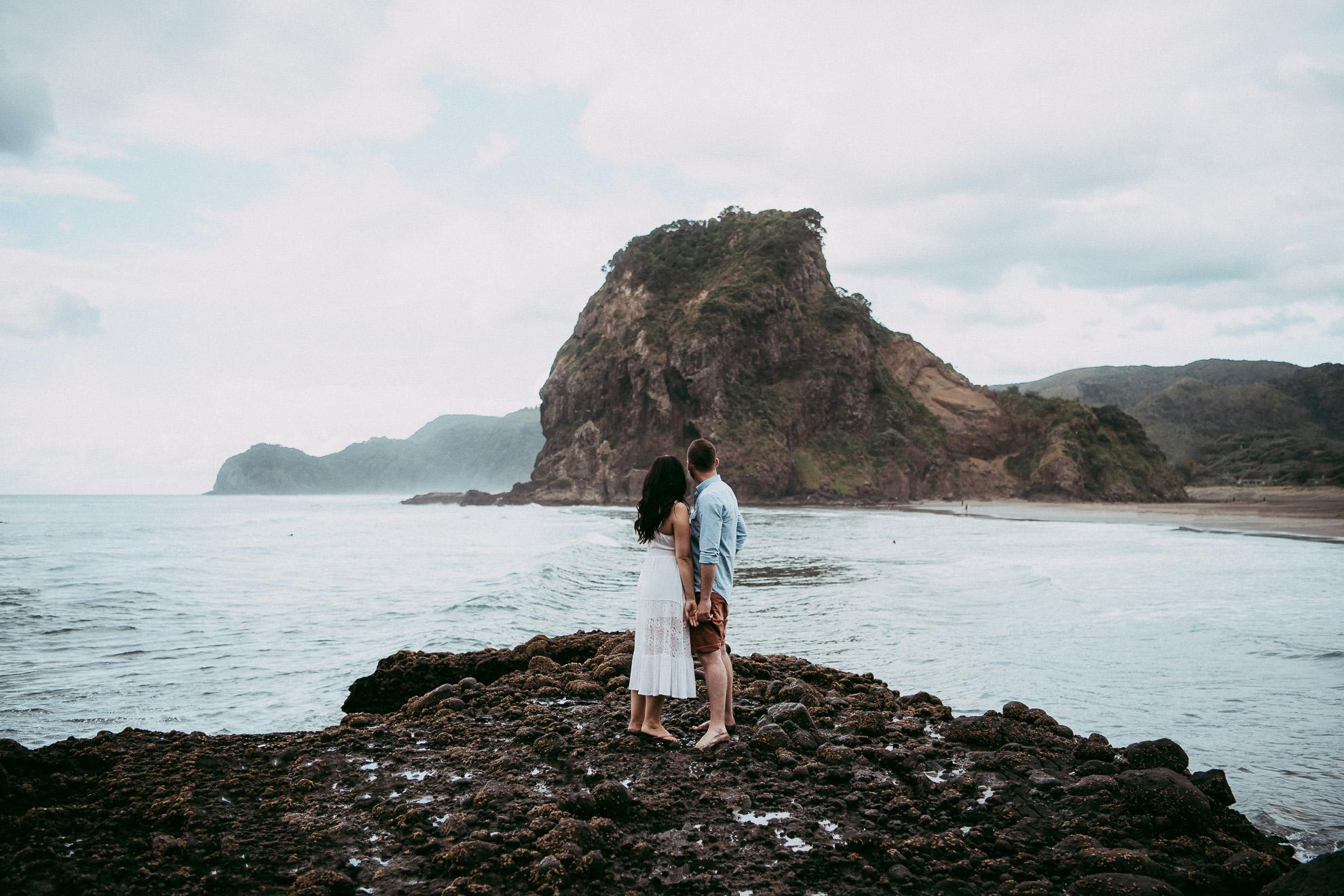 Pre-wedding   engagement session on Piha beach {West Auckland weddings photographer}