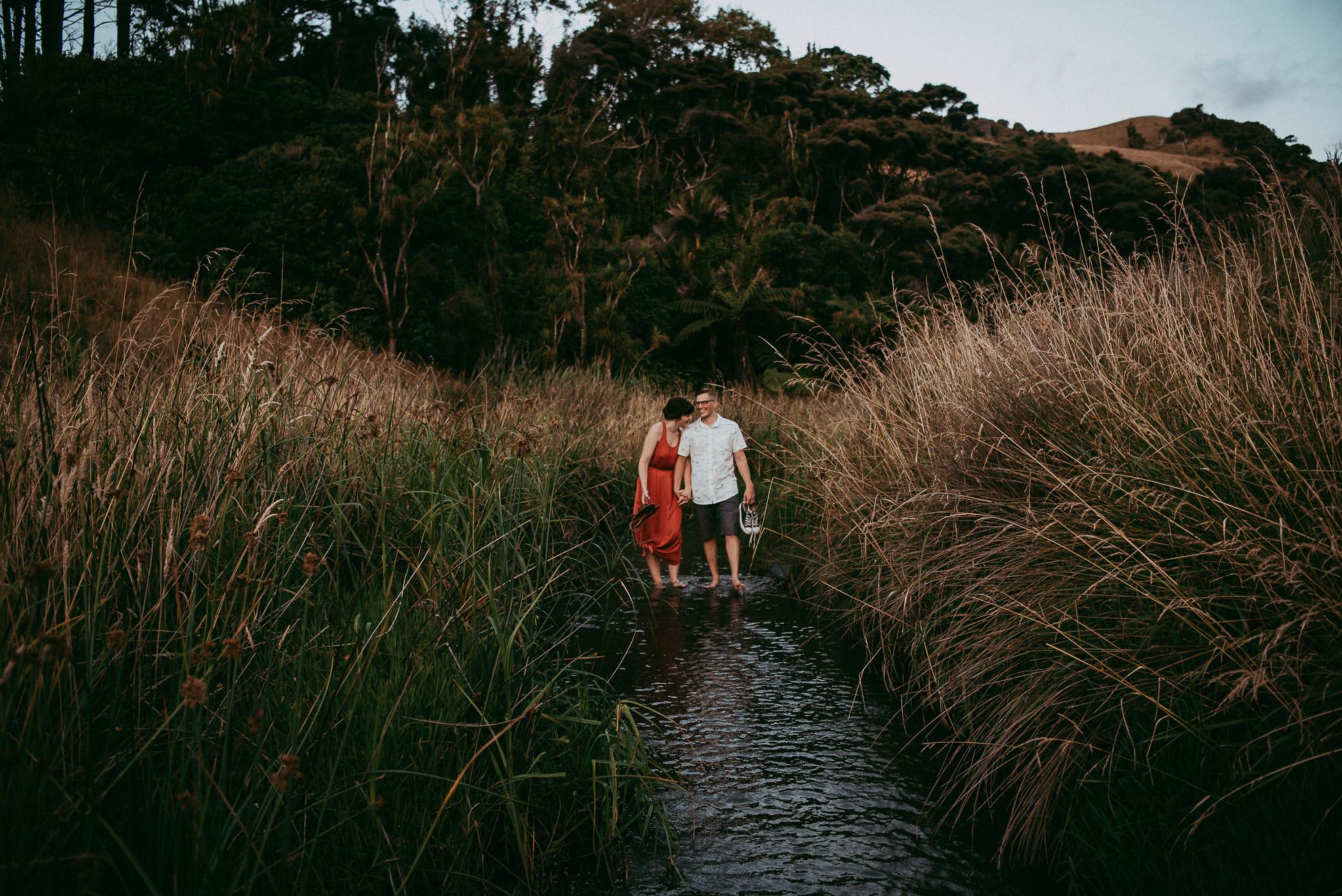 Bethells Lake {West Coast} engagement | pre-wedding photo shoot {Auckland weddings photographers}