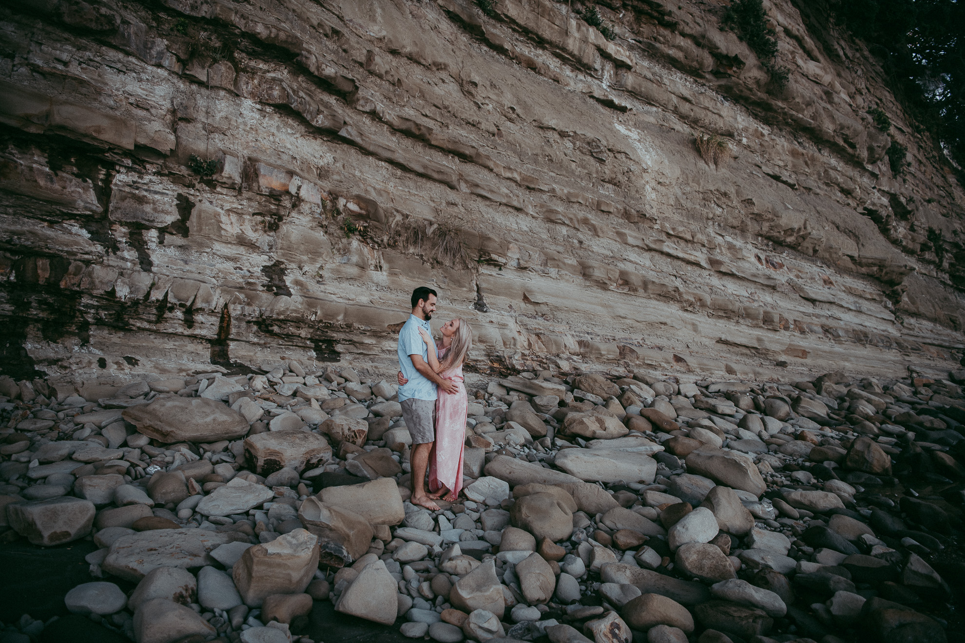 Campbells Bay Beach Engagement | pre-wedding photo shoot {North Auckland weddings photographer}