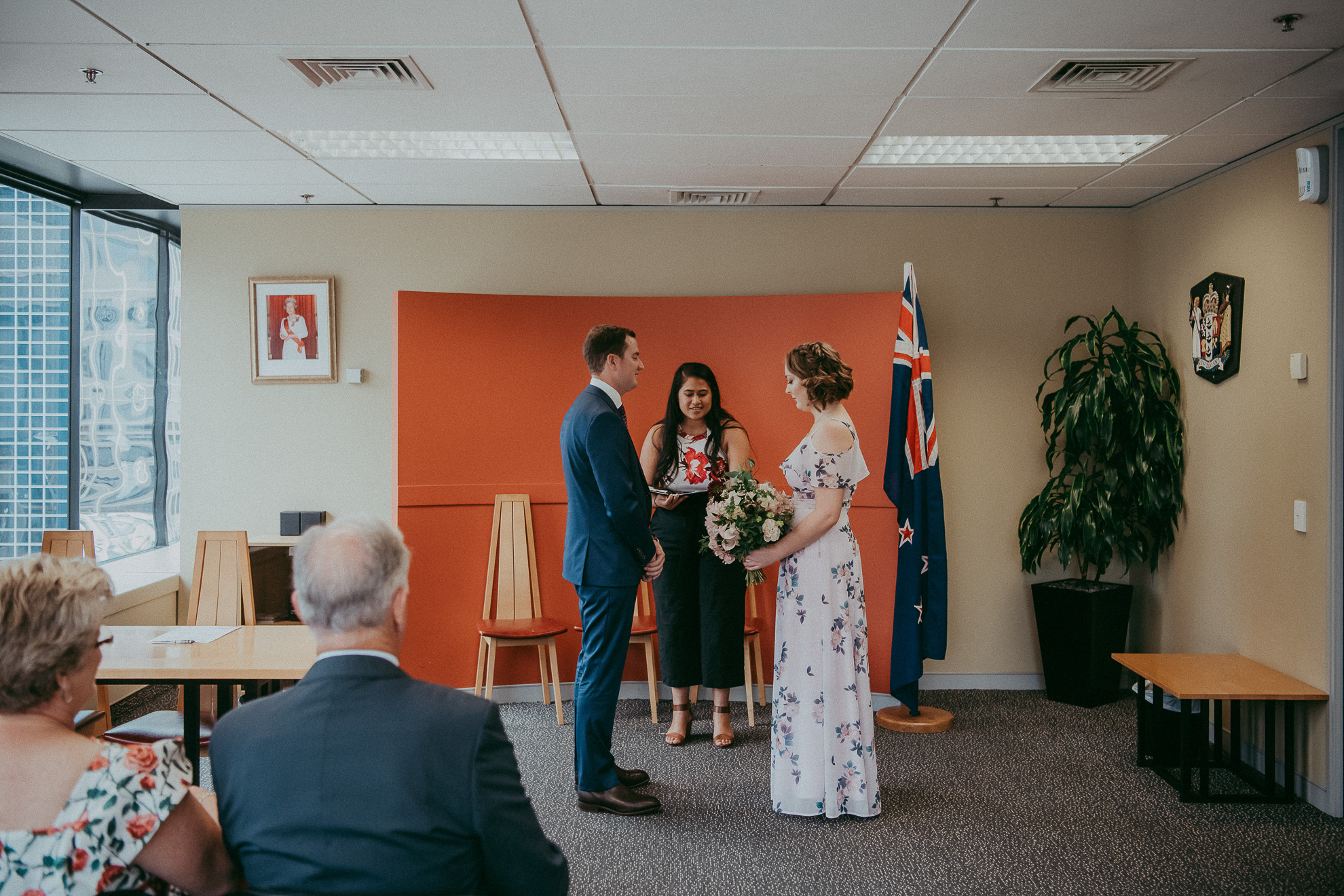 Auckland Domain Skycity elopement {New Zealand weddings photographers}