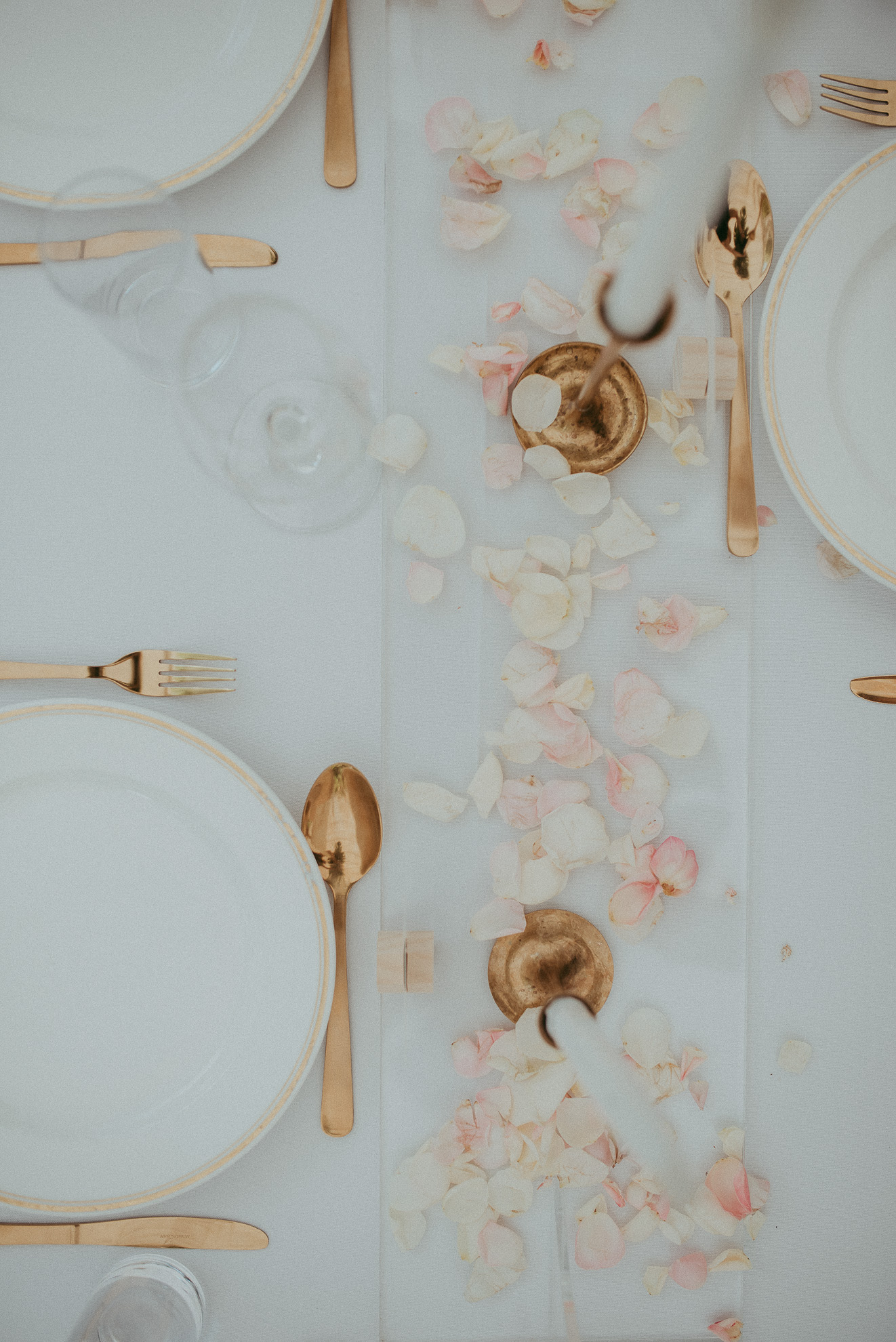 wedding reception details - pink and gold {Auckland weddings photographers}
