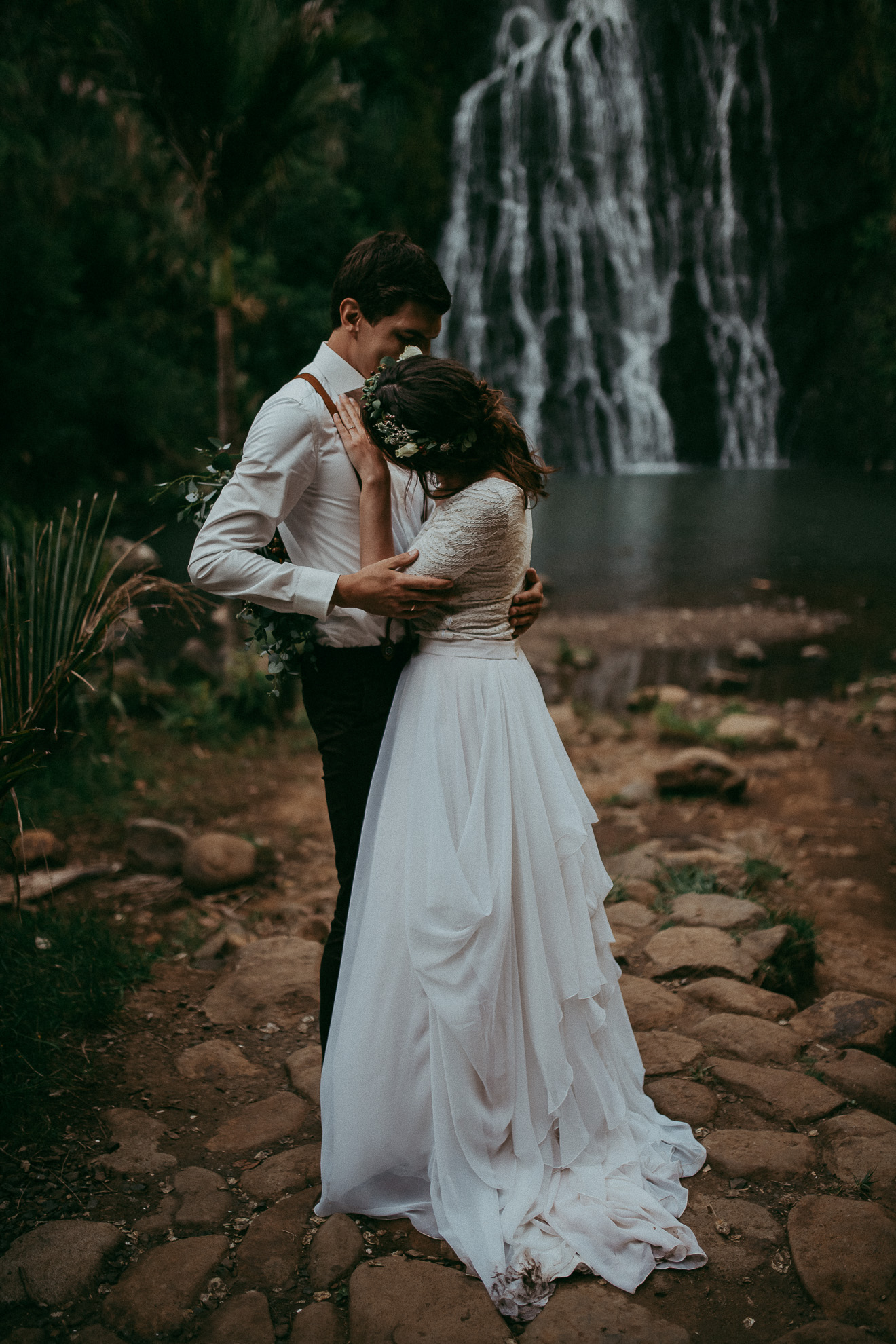 Waterfall Elopement - New Zealand - Auckland west coast beach {top international Wedding photographer}