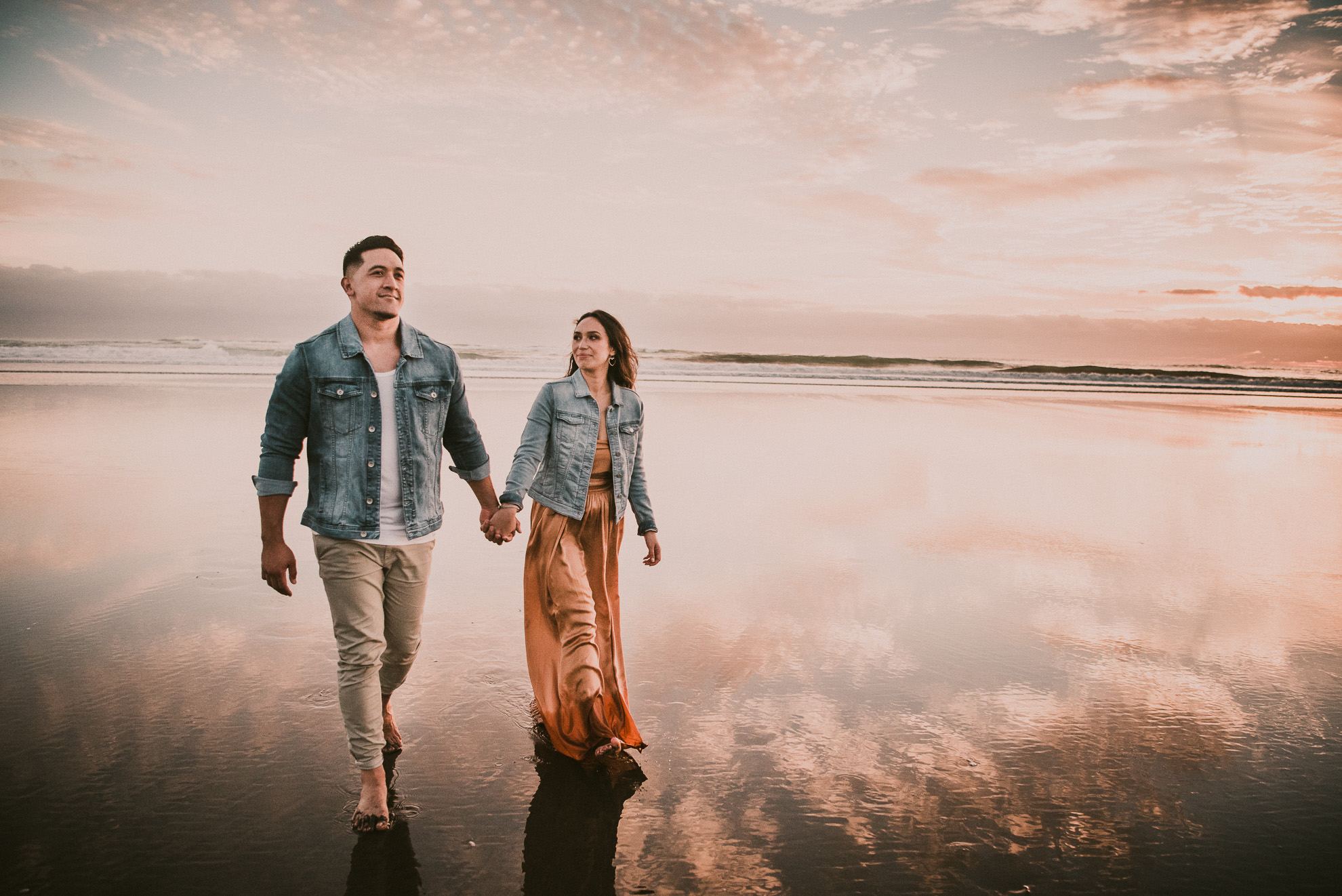 New Zealand pre-wedding photo shoot {Auckland engagement-wedding photographers}