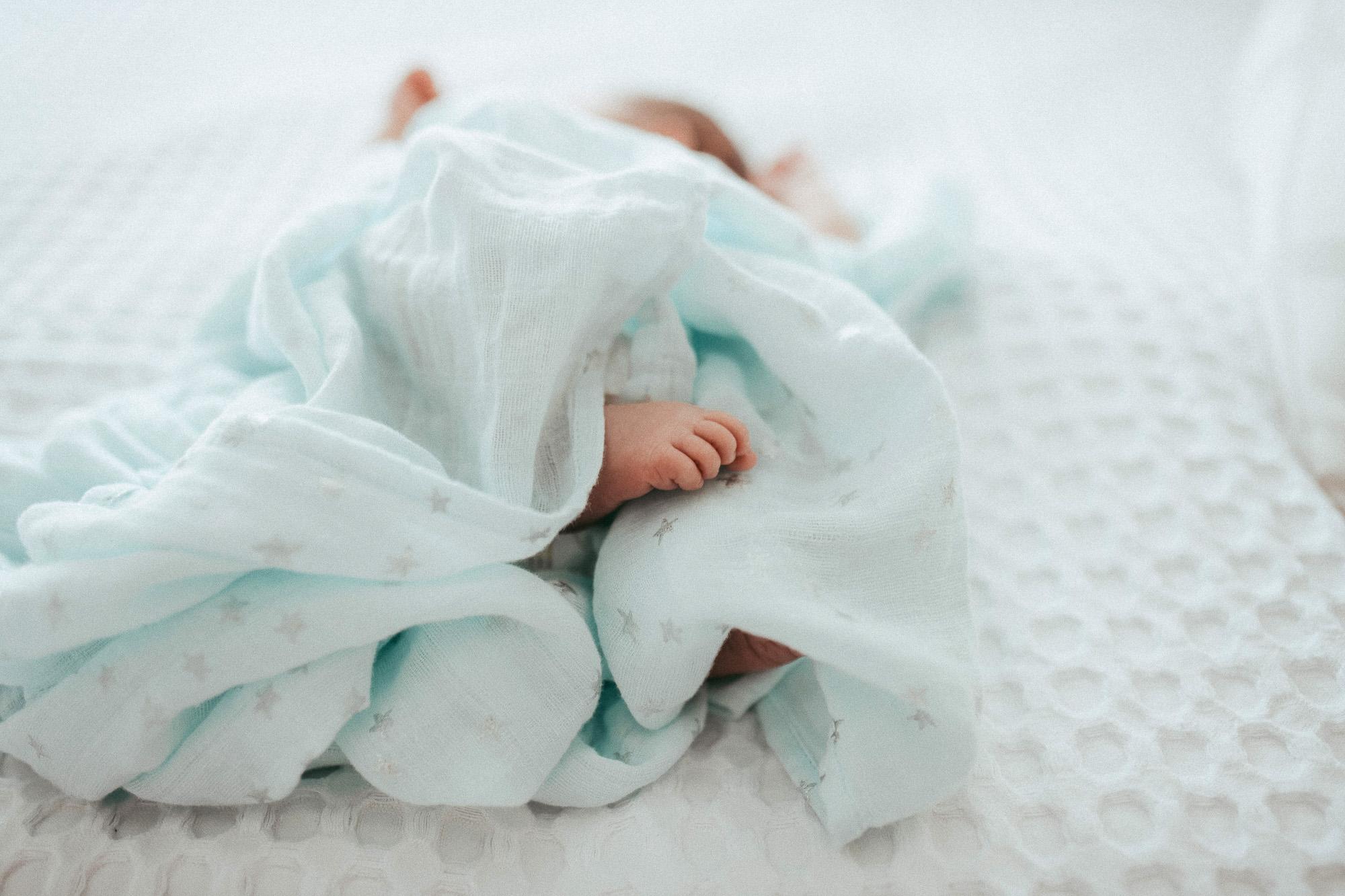 newborn-by-olgalevien-2.jpg