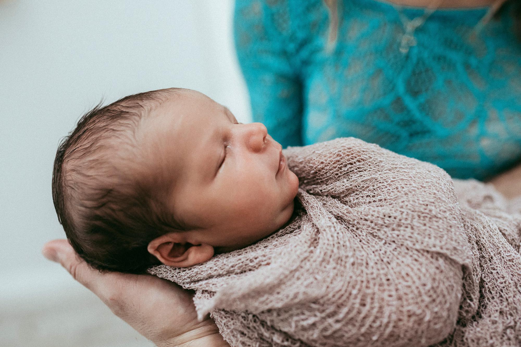 newborn-by-olgalevien-67.jpg