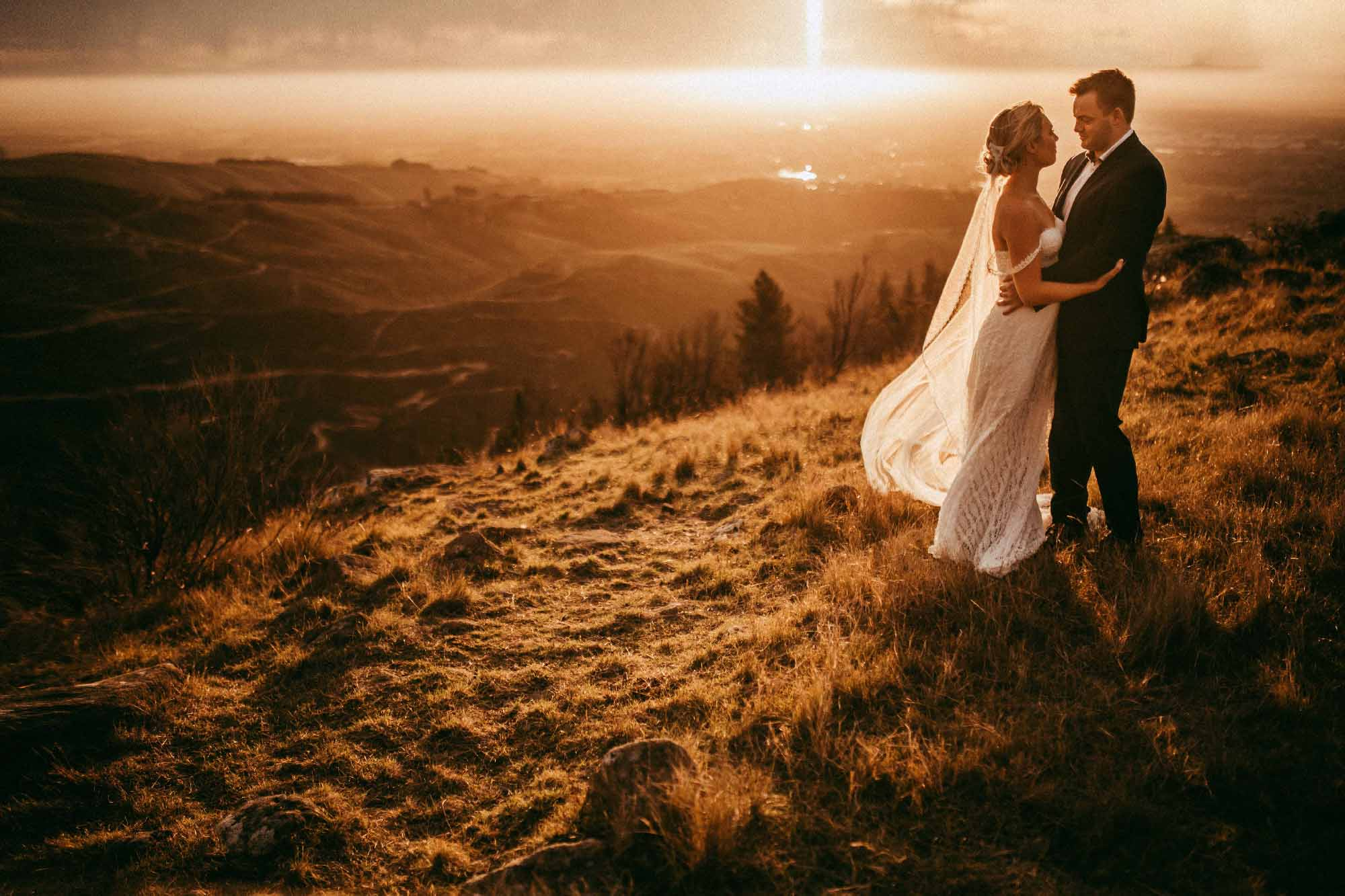 Best of 2017/2018  wedding and engagement photos by L & L - Auckland weddings photographers