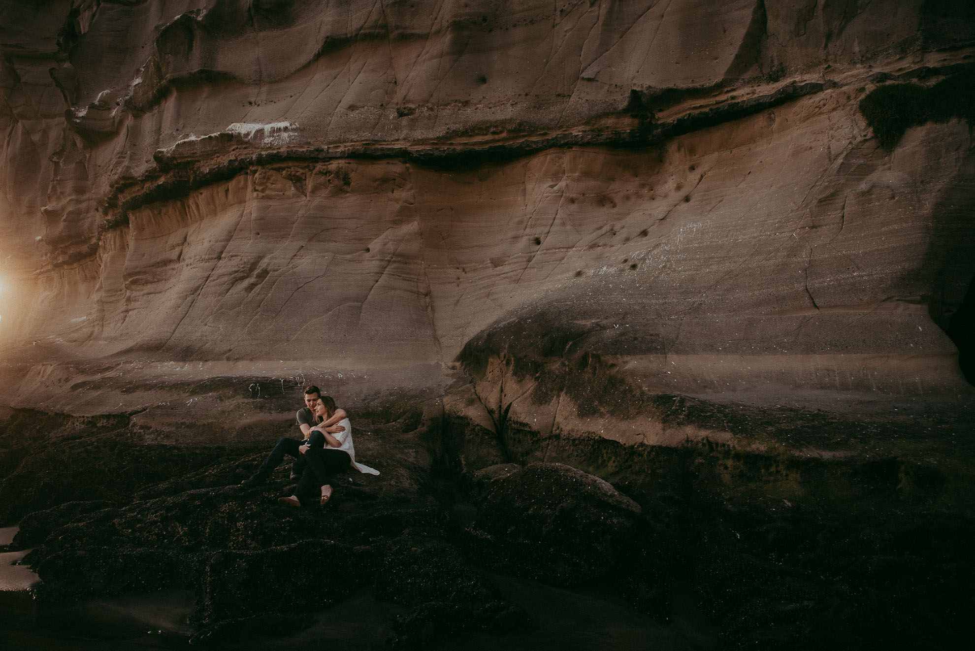 Muriwai Beach Engagement Session {Auckland pre-wedding photographers}