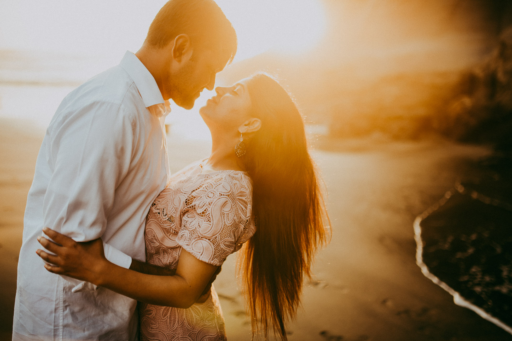 Muriwai Beach engagement session {Auckland wedding photographer}