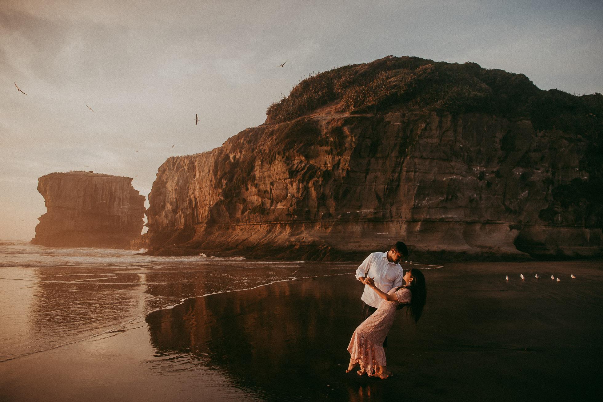 indian pre-wedding photo shoot Muriwai Beach {wedding photographer in Auckland} natural