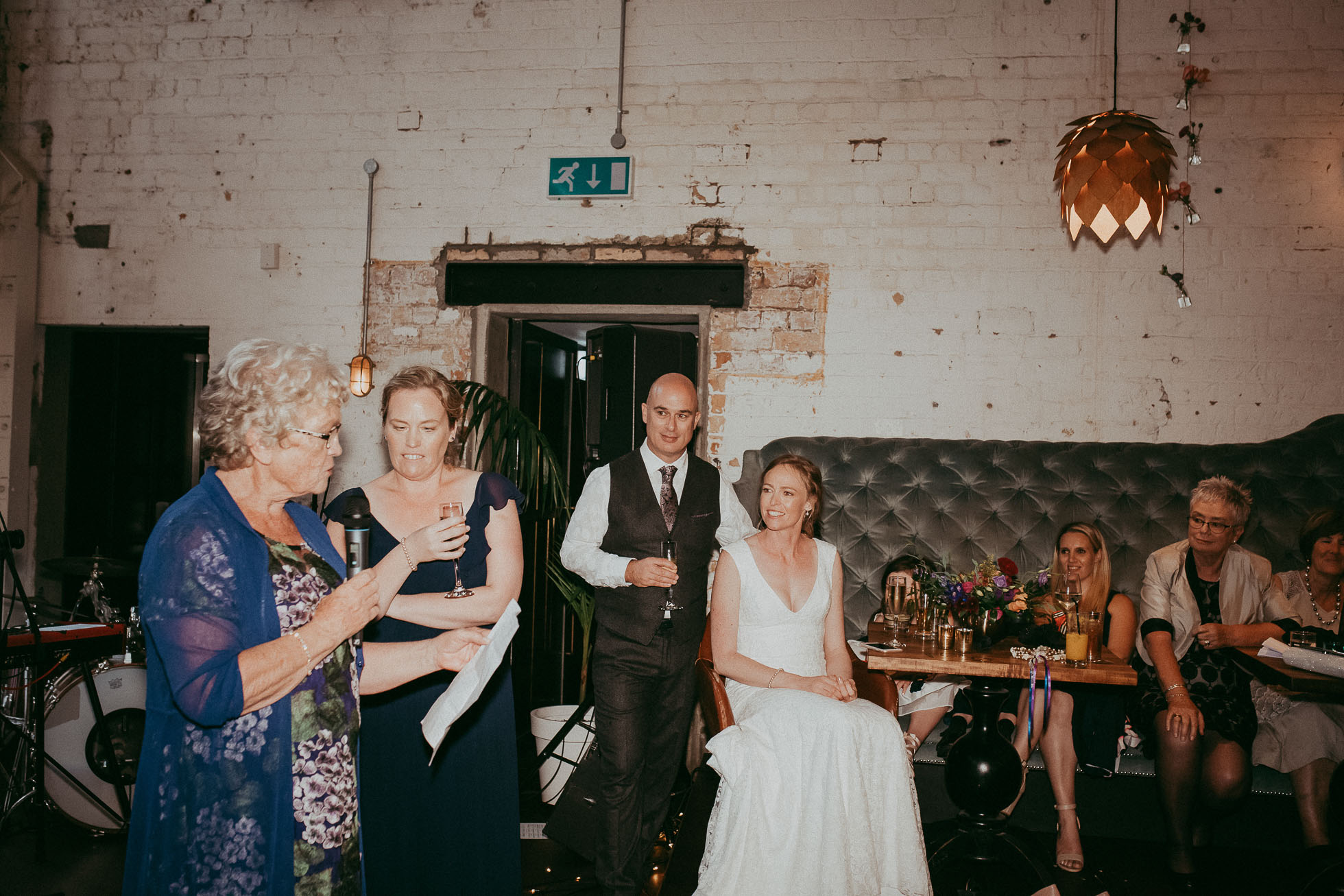 night reception - flash wedding photography - Auckland New Zealand photographers - Everybody's