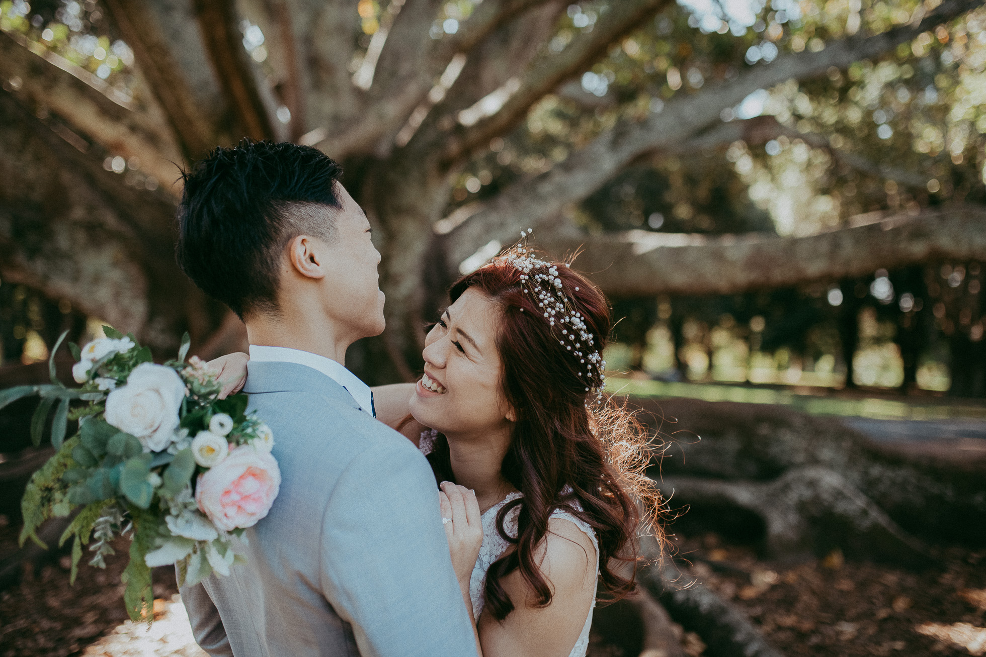 Pre-wedding photo shoot in New Zealand {Auckland wedding photographer} Domain