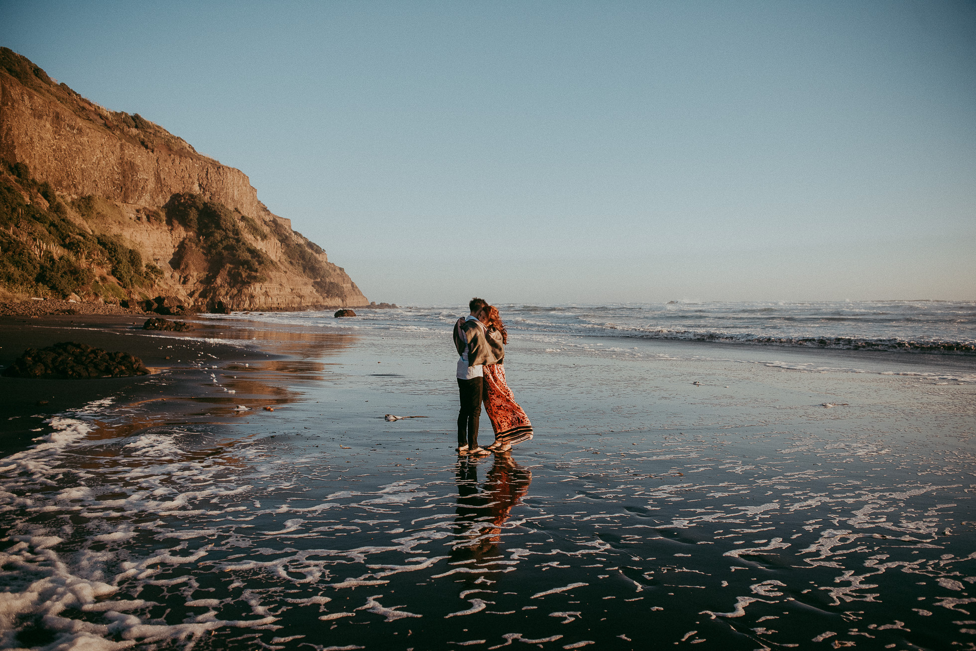 Muriwai Beach - Pre-wedding photo shoot in New Zealand {Auckland wedding photographers}