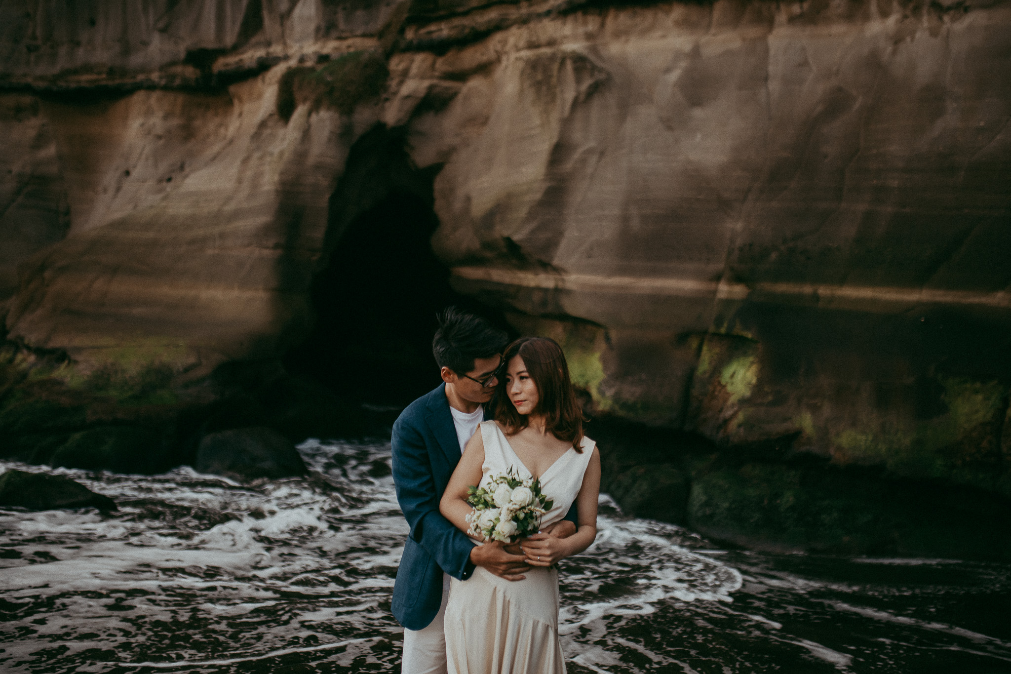 Love and Light - Pre-wedding session in New Zealand {Auckland engagement photographer}