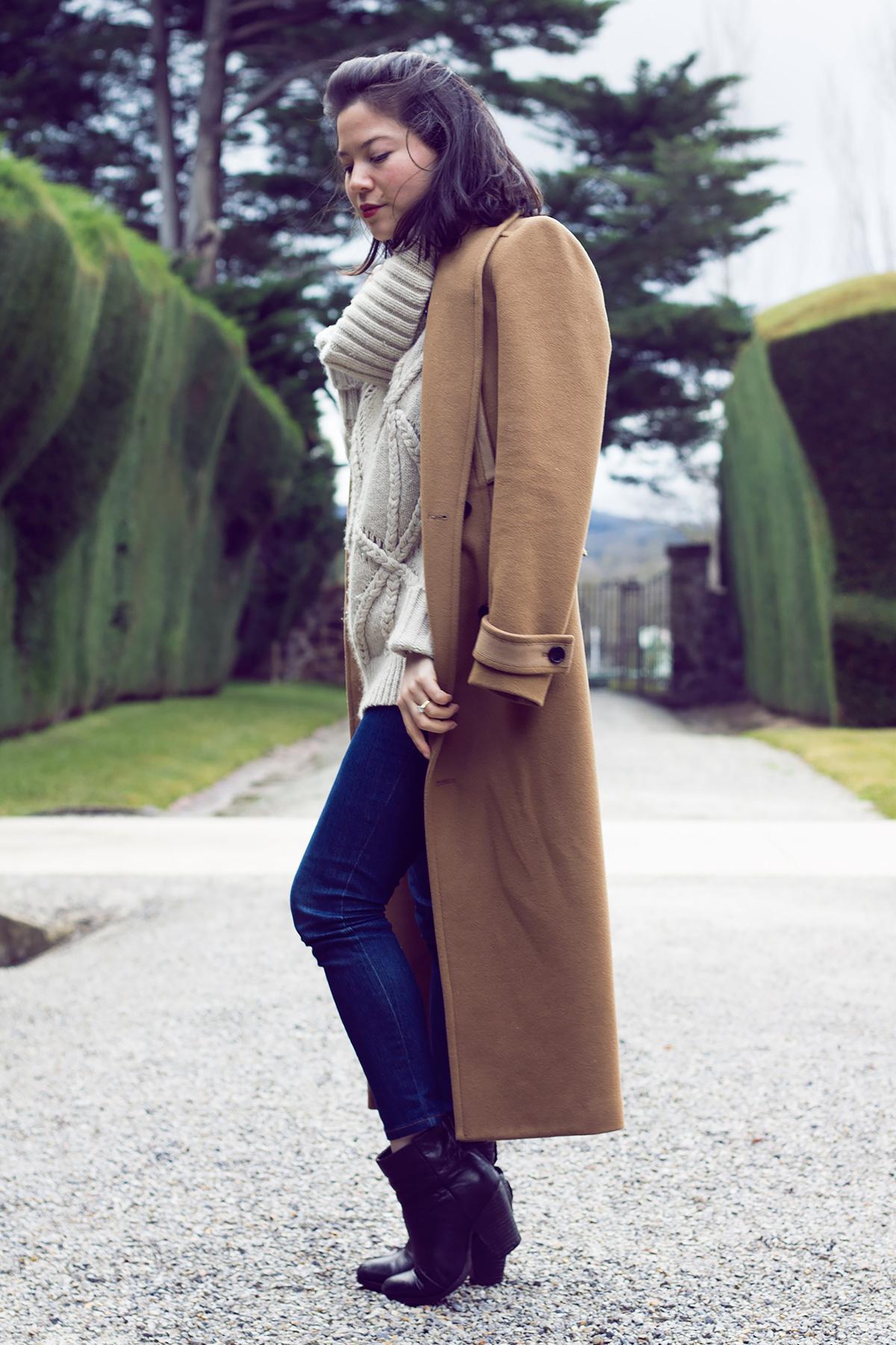 The Knit Edit Donna Karan Cashmere Lei Lady Lei