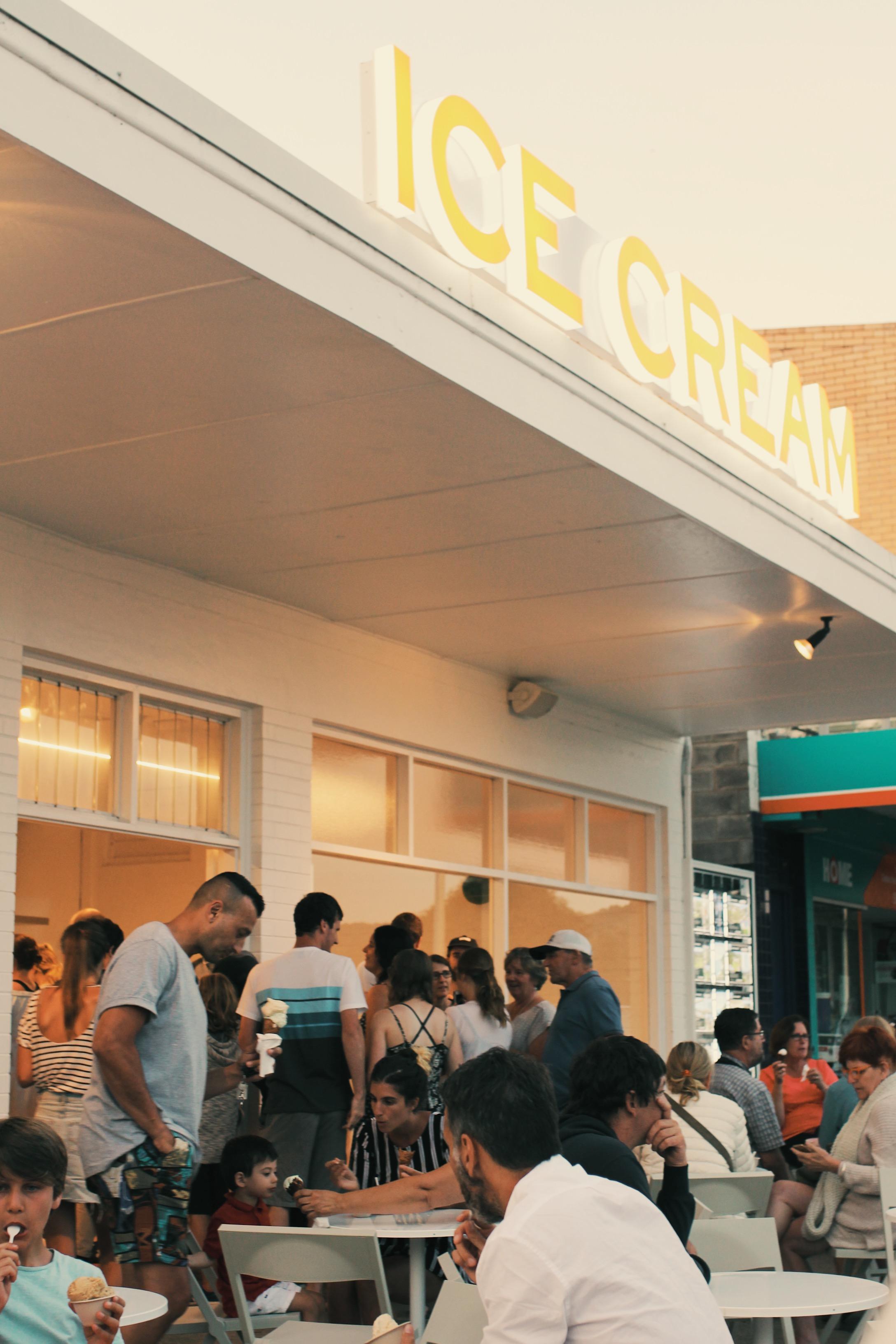 Lorne ice-creamery