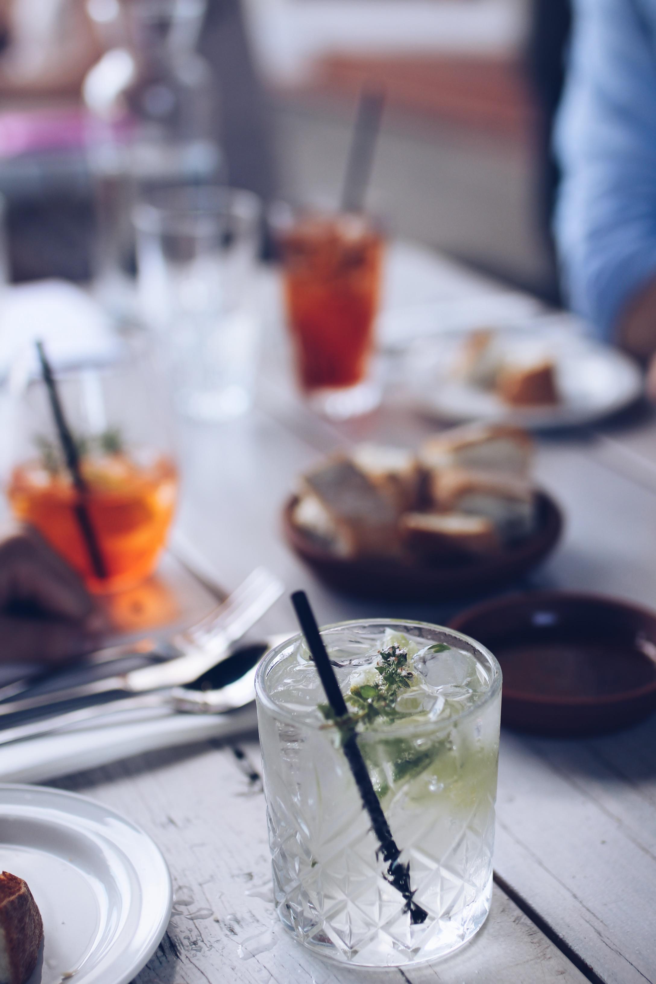 Cocktails at Nino Lorne
