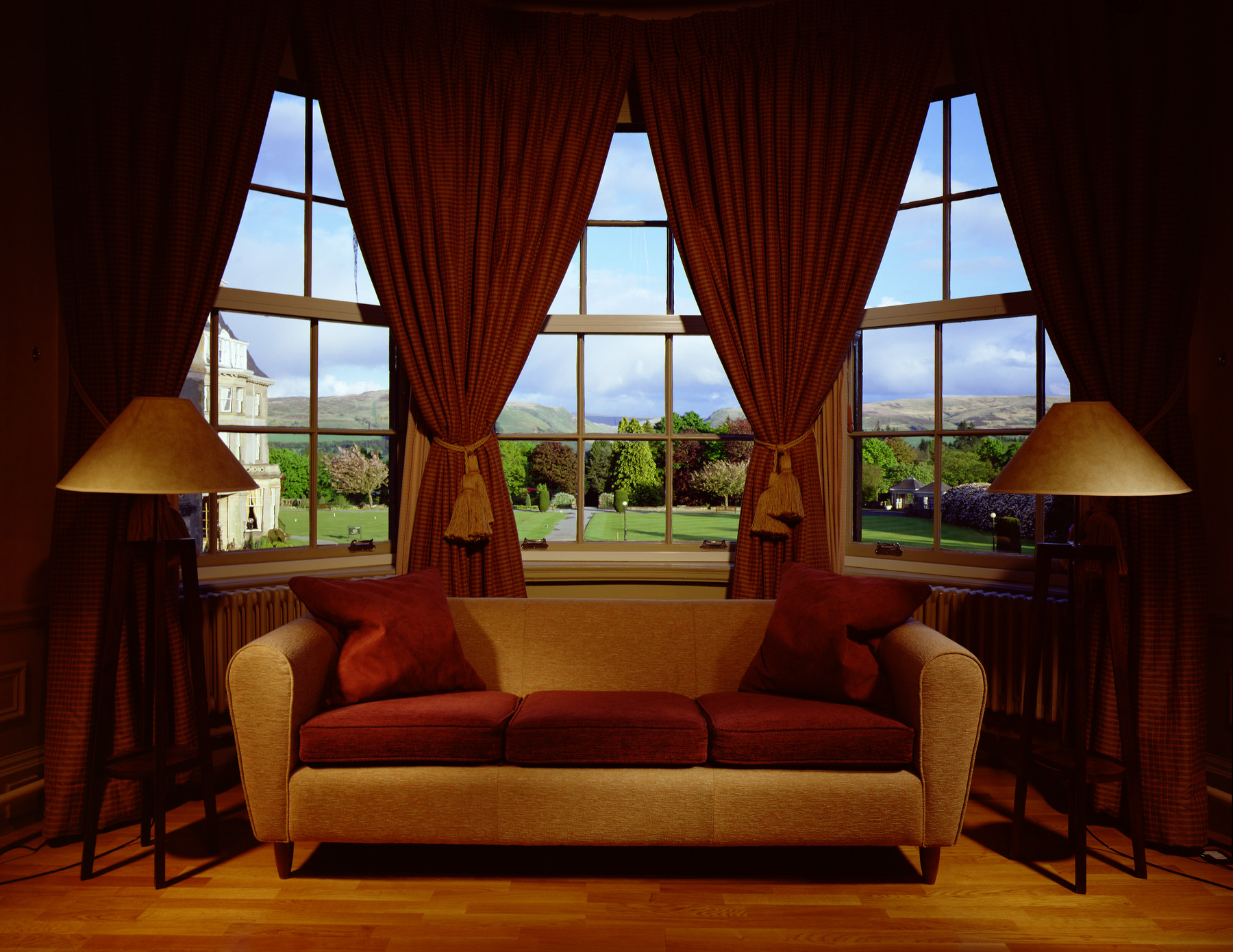 glen hotel.jpg