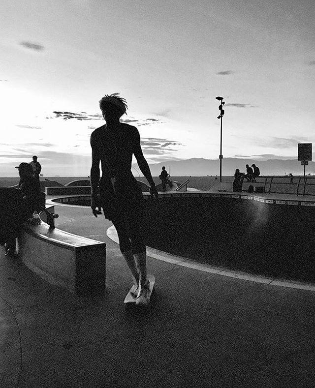 Pool Days by @matchboyscollective . . . #skate #skateboarding #skater #skateboard #skateordie #slide #ride #pool #bowl #dogbowl #grind #skatepark #alone #pooldays #dayslikethis #wild #bw #blackandwhite #blackandwhitephotography  #skateing #life #lifestyle #skatelife  #photography #photo #streetphotography #venice #venicebeach #california