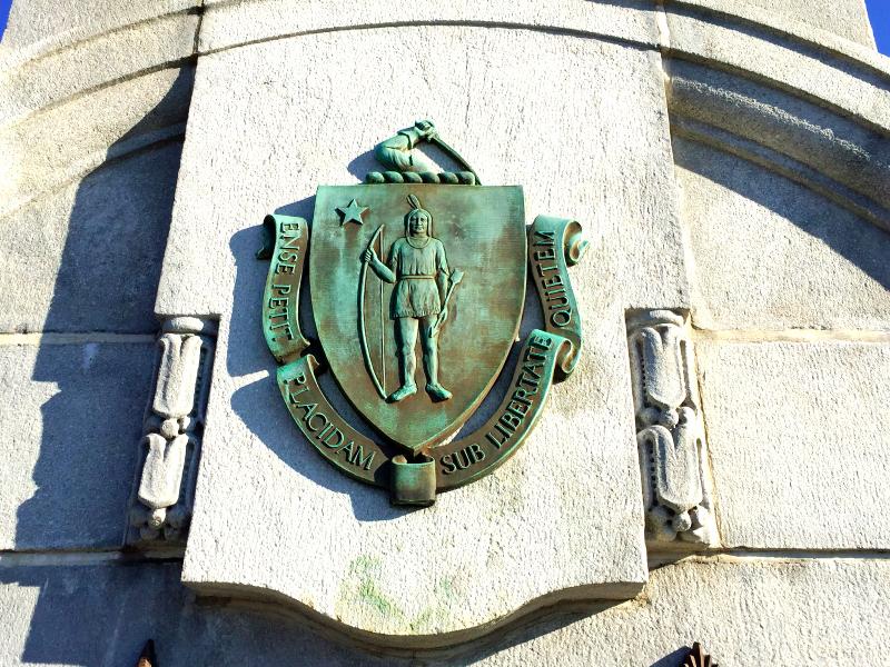 massachusetts coat of arms on thebu bridge(sonya kovacic)