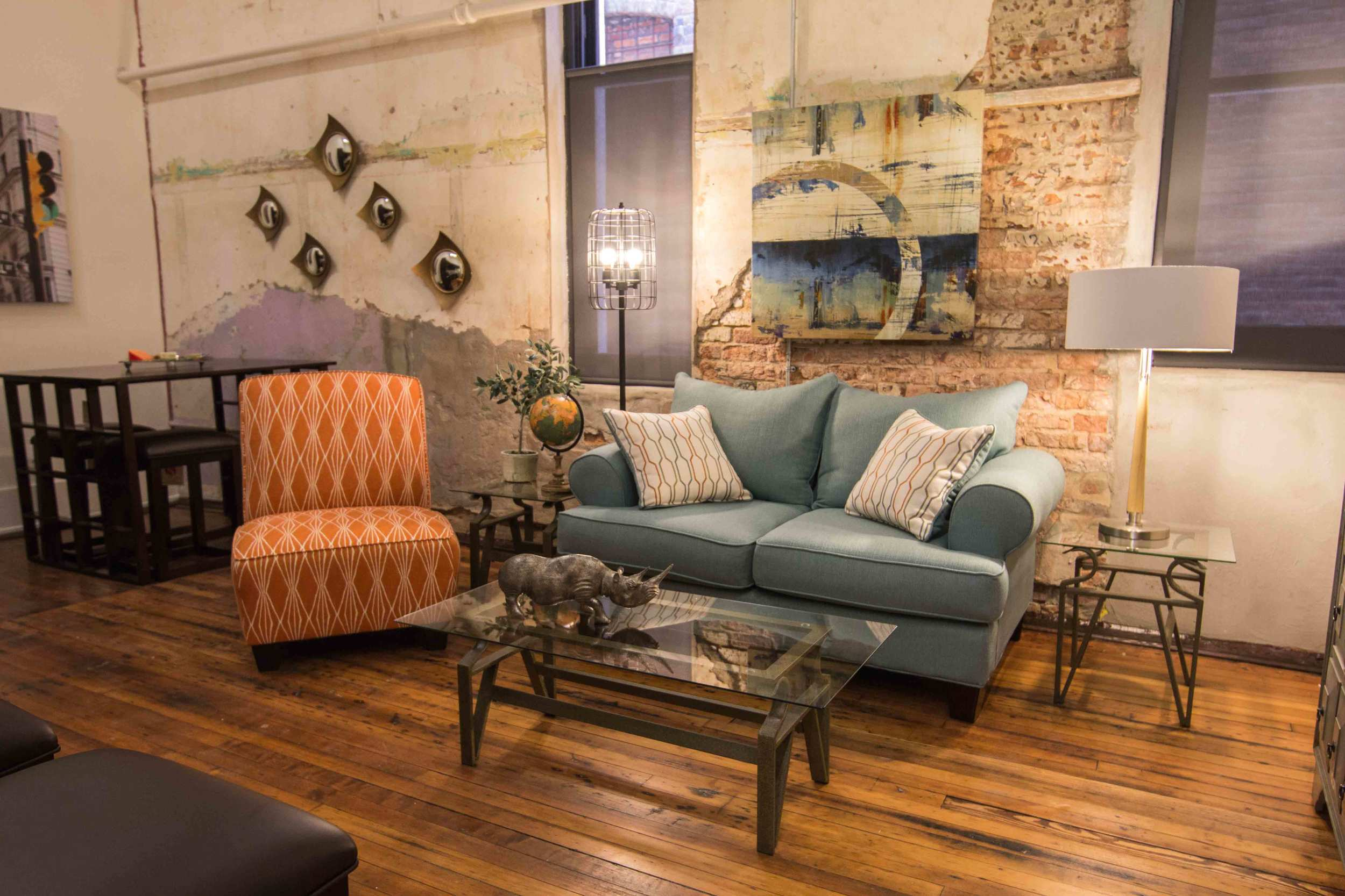 Beautifully appointed Capitol loft