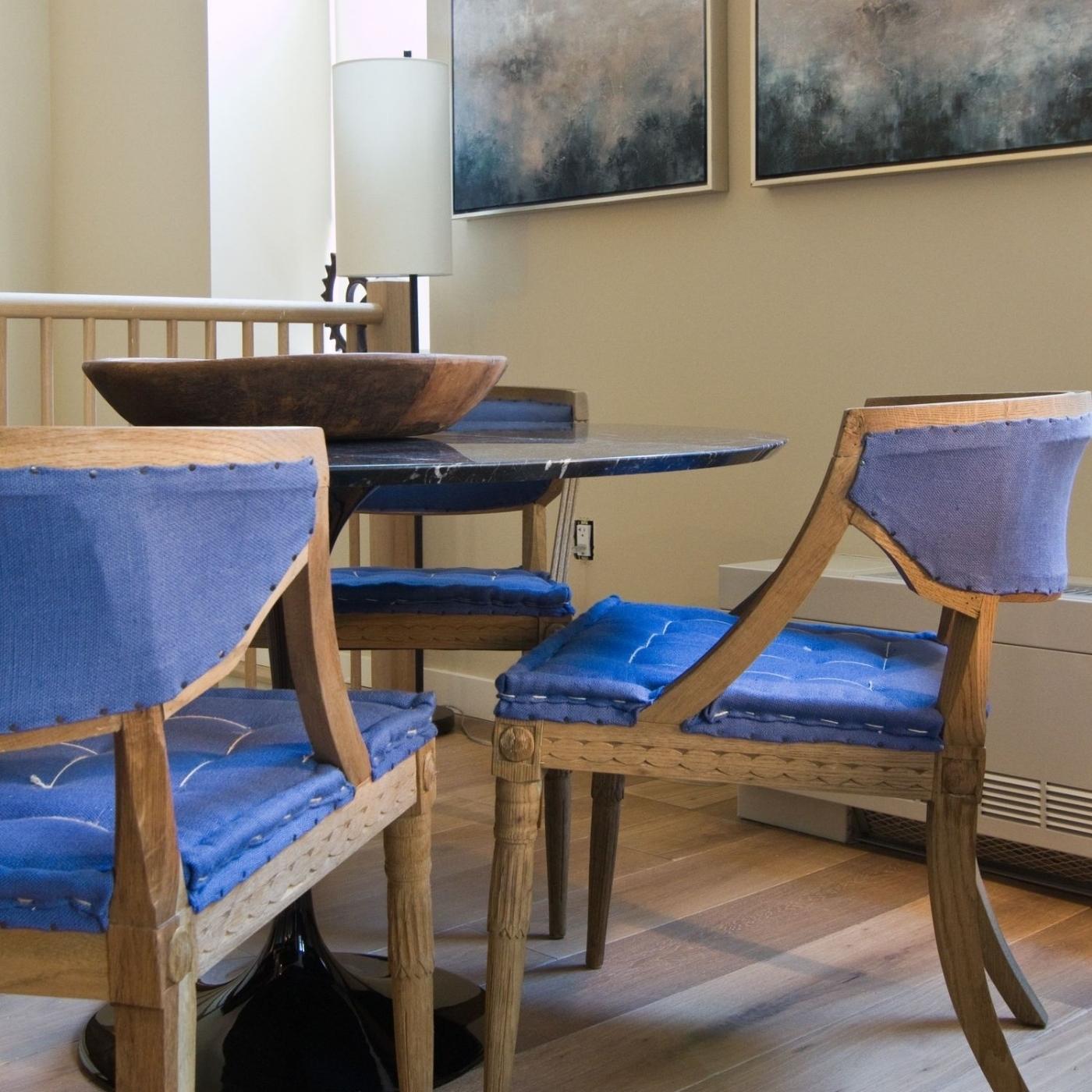 20 Henry dining room.jpg