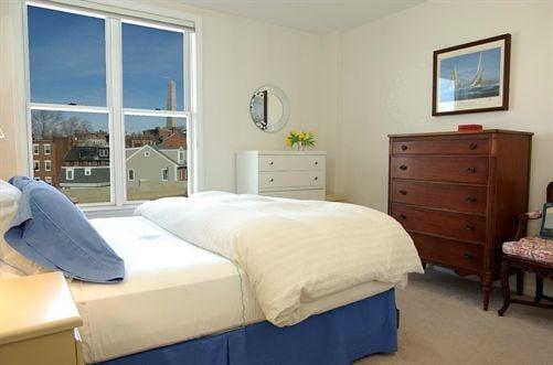 Nautica_Bedroom.jpg