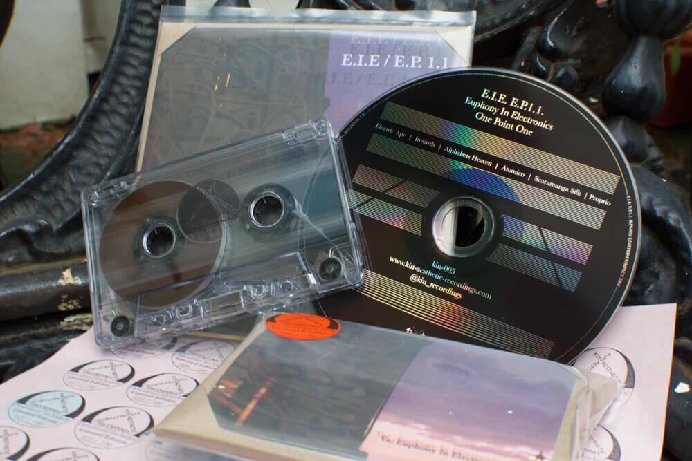 KIN-005-CD+Cassette.jpg