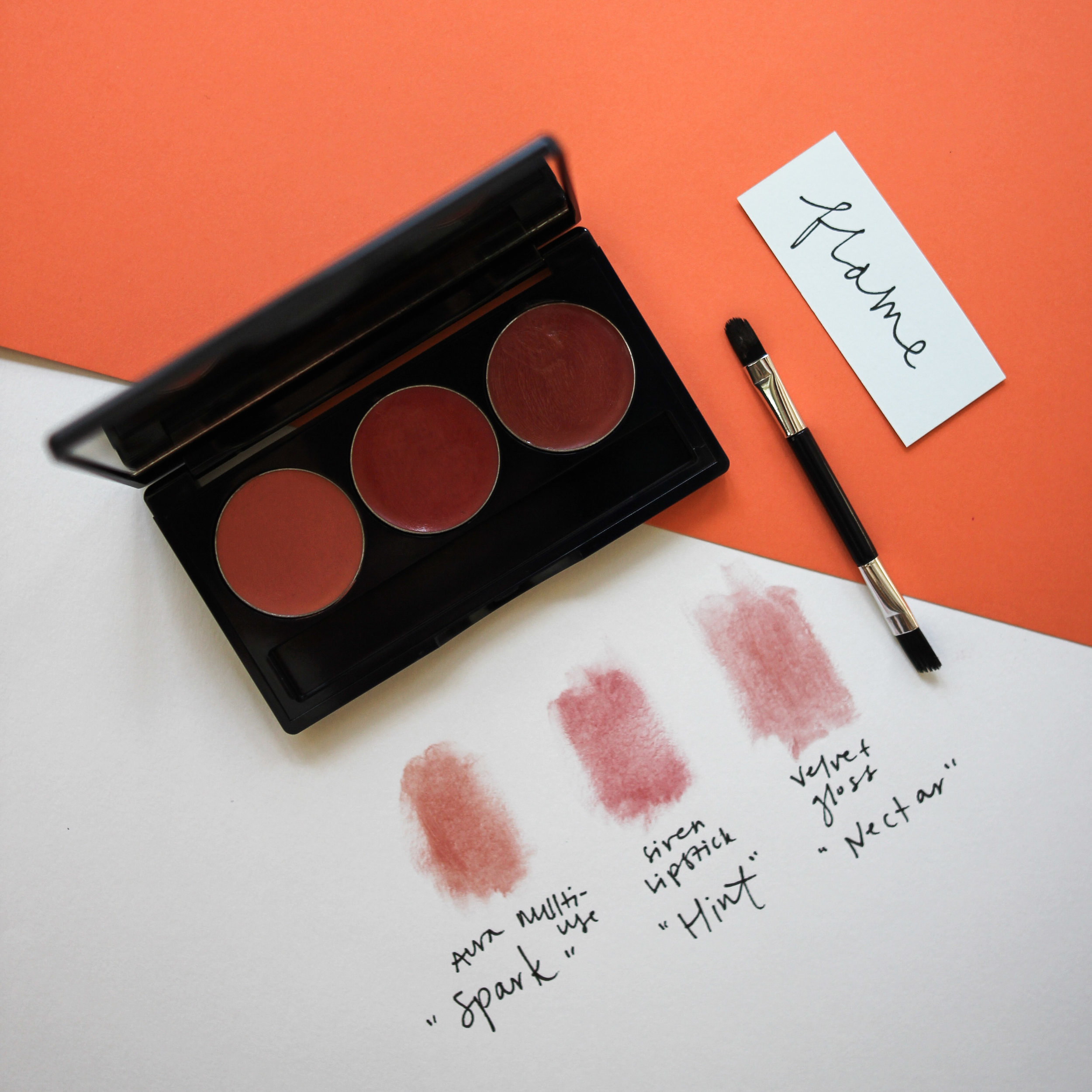"Vapour Organic Beauty     Artist Multi-Use Palette   (in ""flame"")"