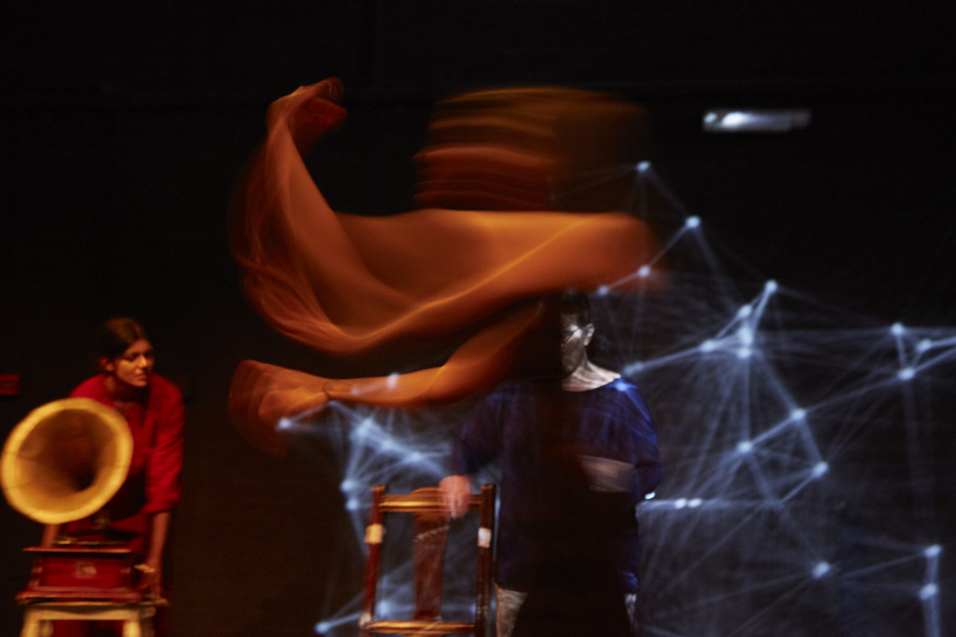 LIGHT DANCE.jpg
