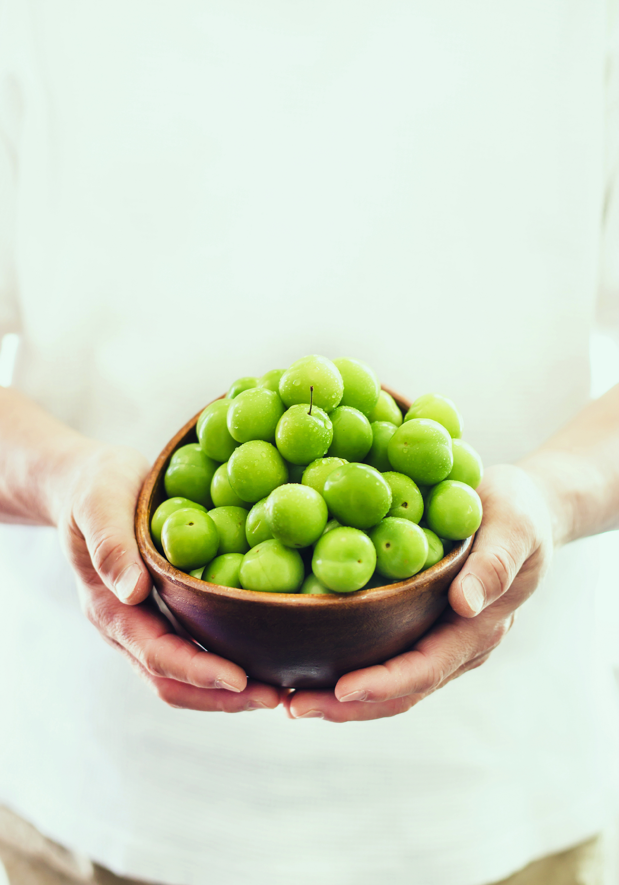 green plums in a bowl.jpg