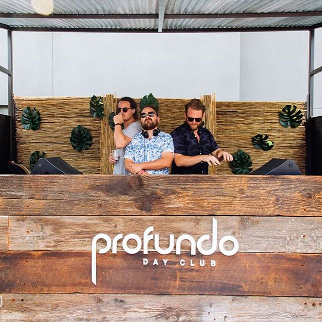 Ayyy'all thanks for lounging with us @profundodayclub for🍹Sunday Spritz ☀️ You are beautiful 💋 Peep the link in our bio for all the fotos and stay tuned for the next! 💎 Special thanks to our guy @wilkiofficial (📸: @sashabphoto )
