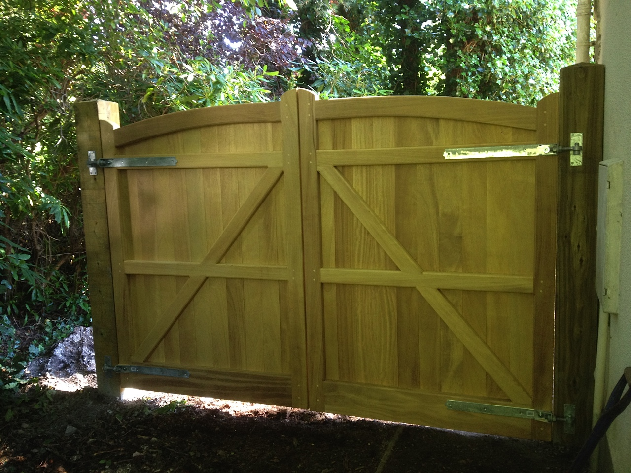 Knightsbridge Gates in Iroko