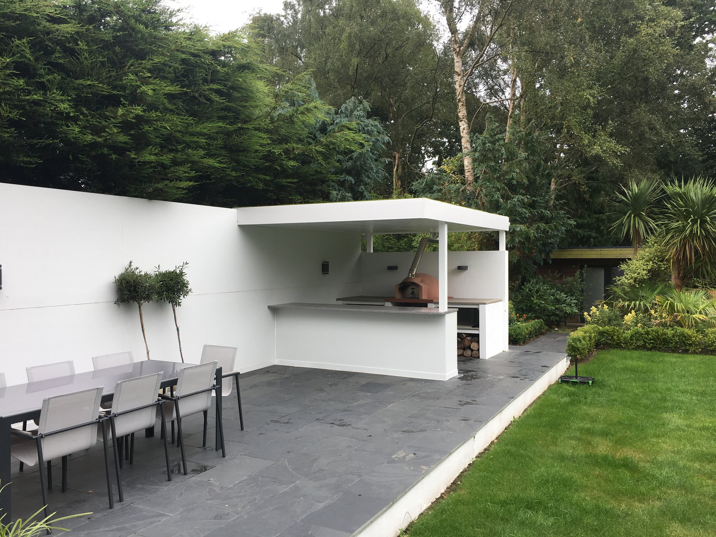 Pizza Oven Area with Bar